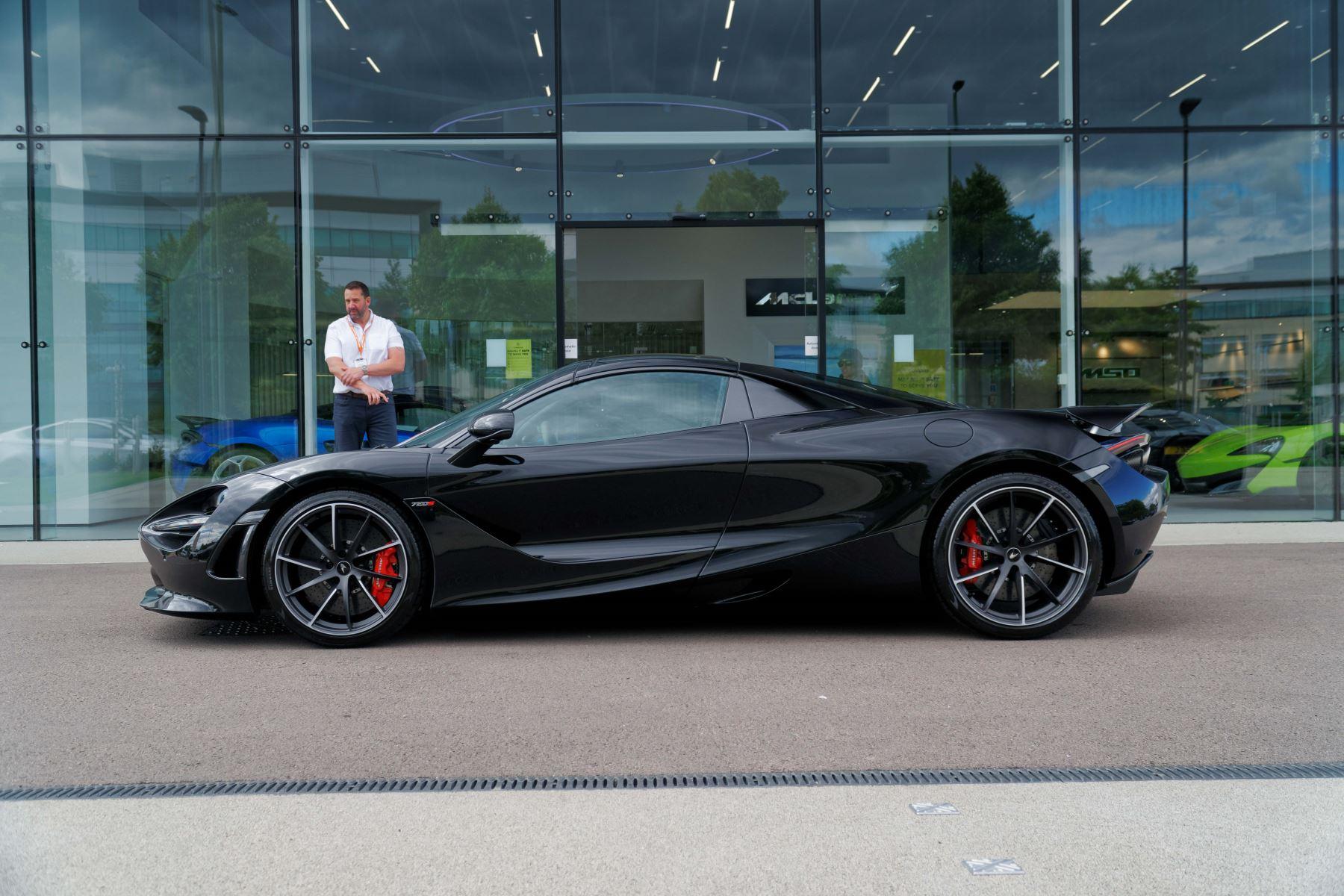 McLaren 720S Spider V8 2dr SSG image 53
