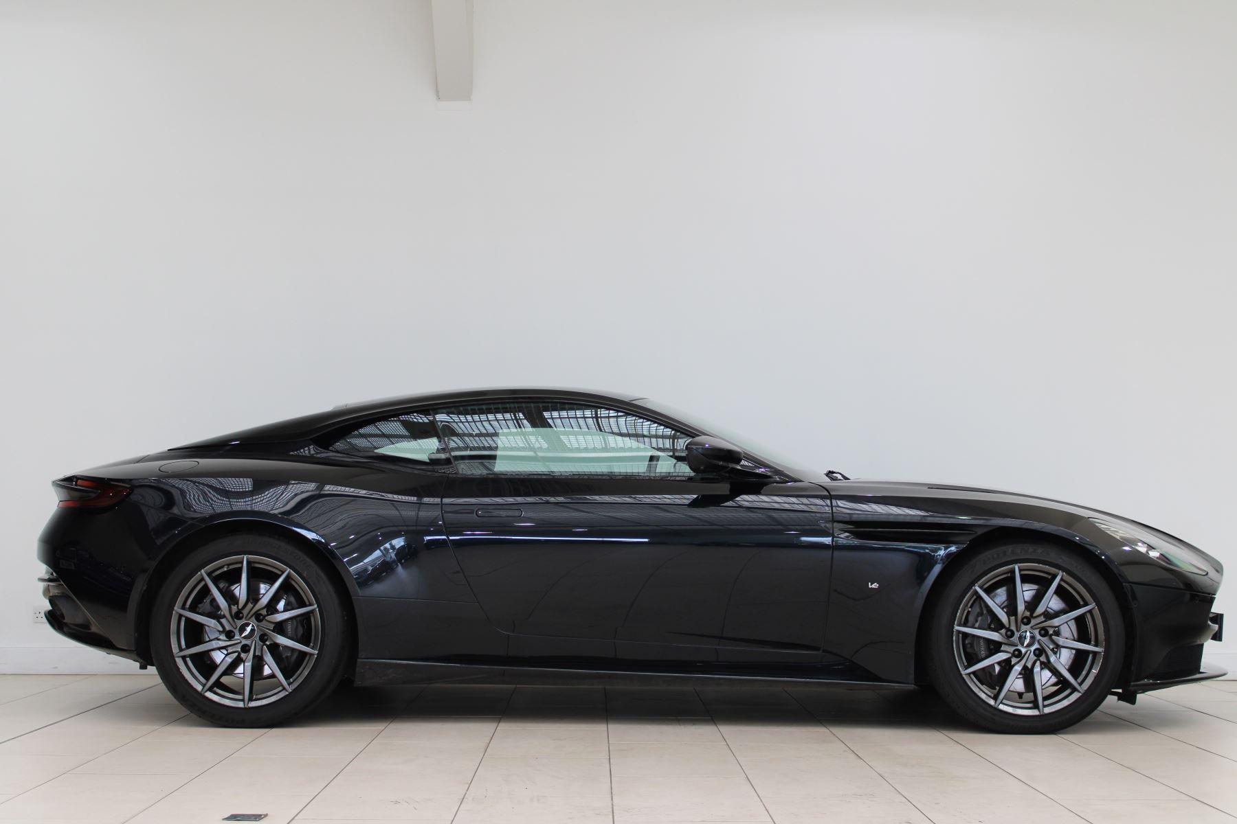 Aston Martin DB11 V12 2dr Touchtronic image 2