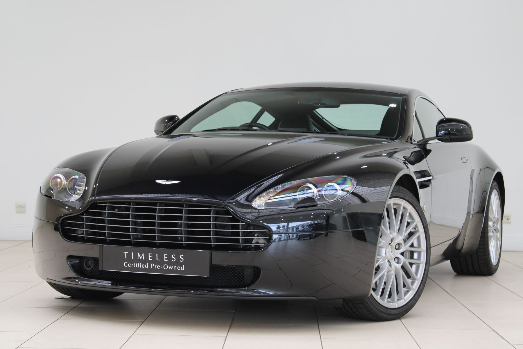 Aston Martin V8 Vantage 2dr [420] 4.7 3 door Coupe (2012)