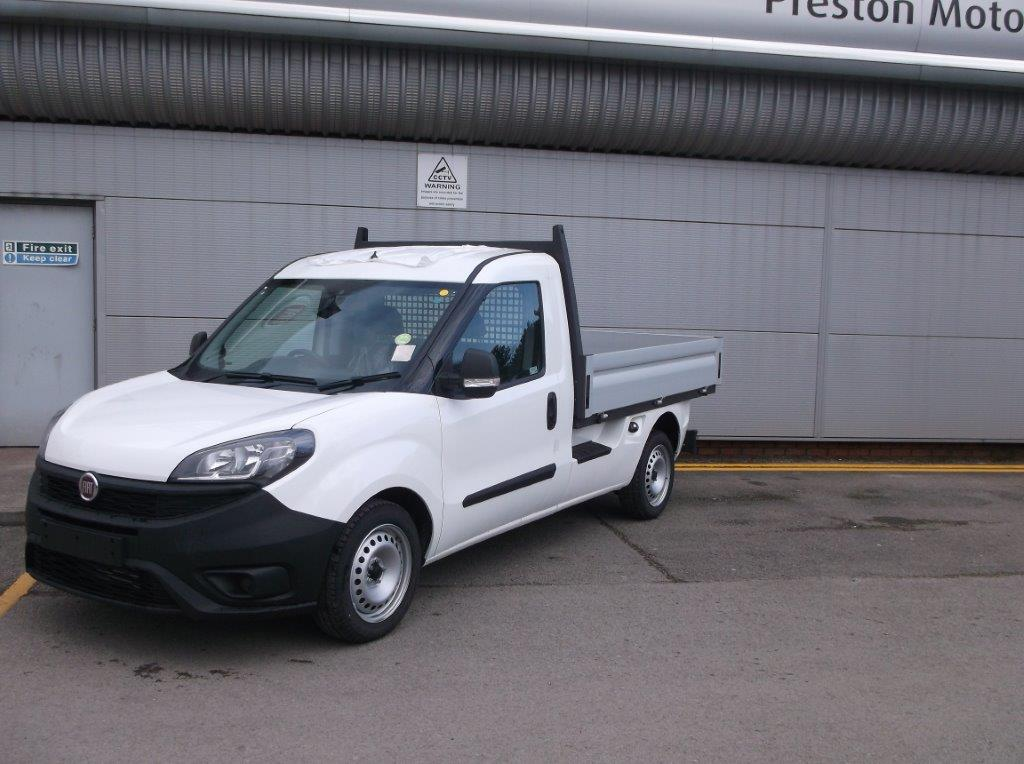Fiat Doblo Cargo WORK UP DROPSIDE 1.6 105 DSL TECNICO AIRCON CRUISE  Diesel 3 door (2020)