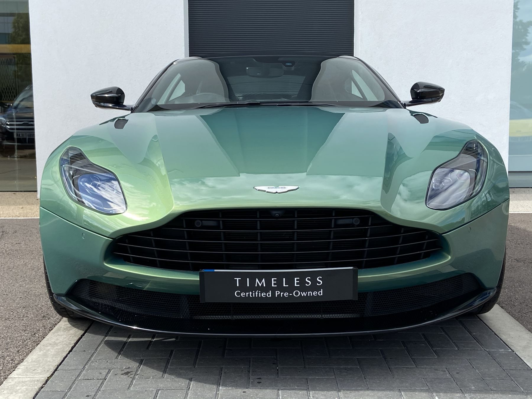 Aston Martin DB11 V8 2dr Touchtronic 4.0 Automatic Coupe (2019) image