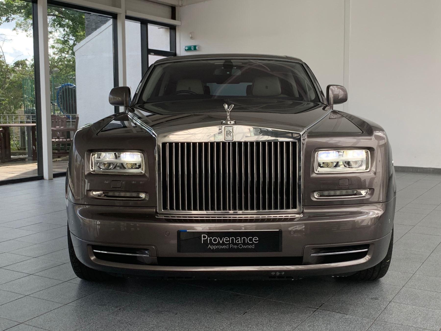 Rolls-Royce Phantom Extended Wheelbase II 4dr Auto Extended Wheel Base image 3