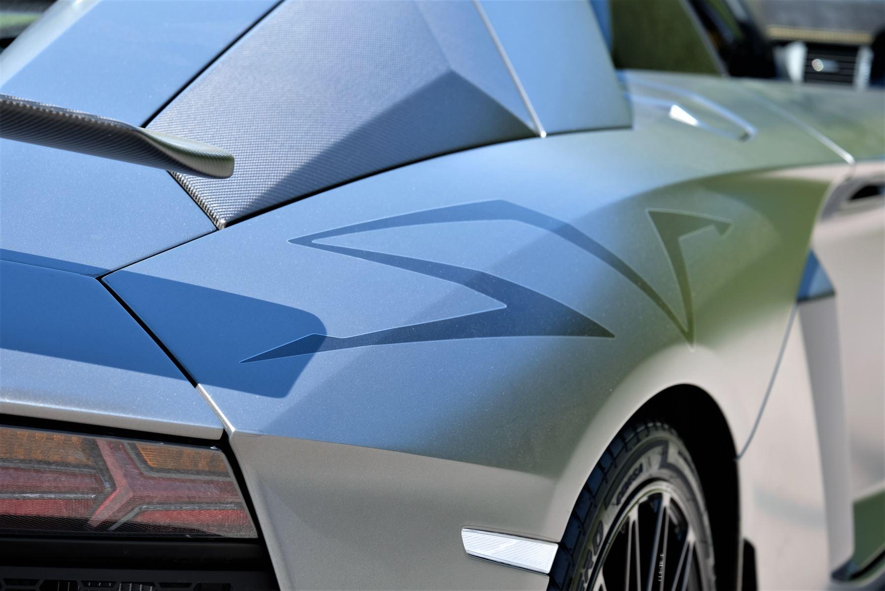 Lamborghini Aventador SV Roadster Superveloce LP 750-4 ISR image 11