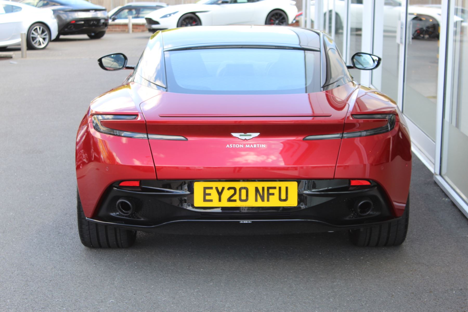 Aston Martin DB11 V8 2dr Touchtronic image 25