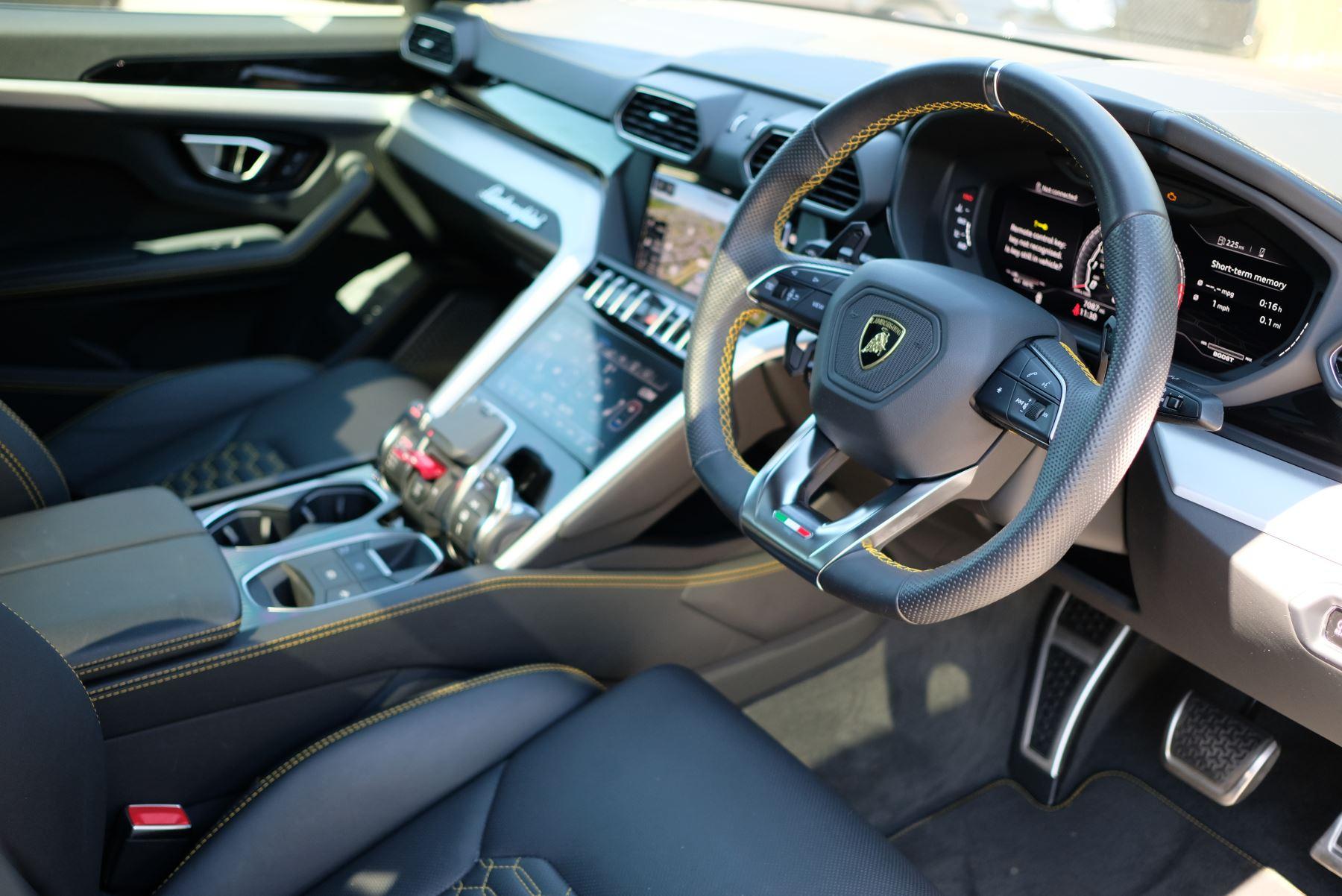 Lamborghini Urus 4.0T FSI V8 5dr Auto image 28
