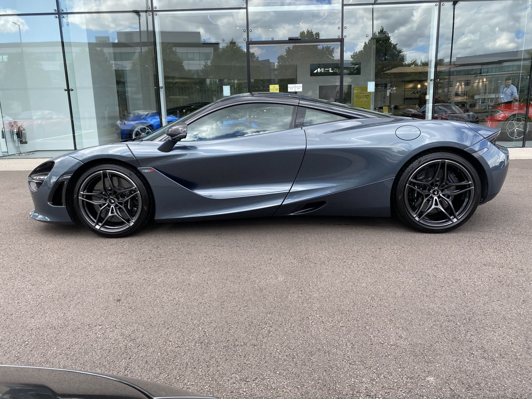 McLaren 720S Coupe  image 4