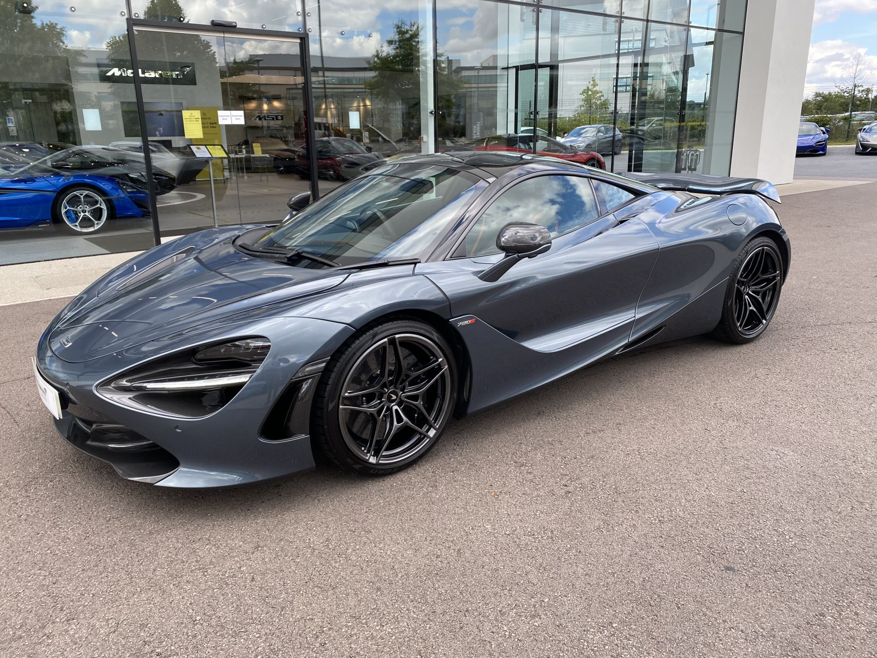 McLaren 720S Coupe  image 1