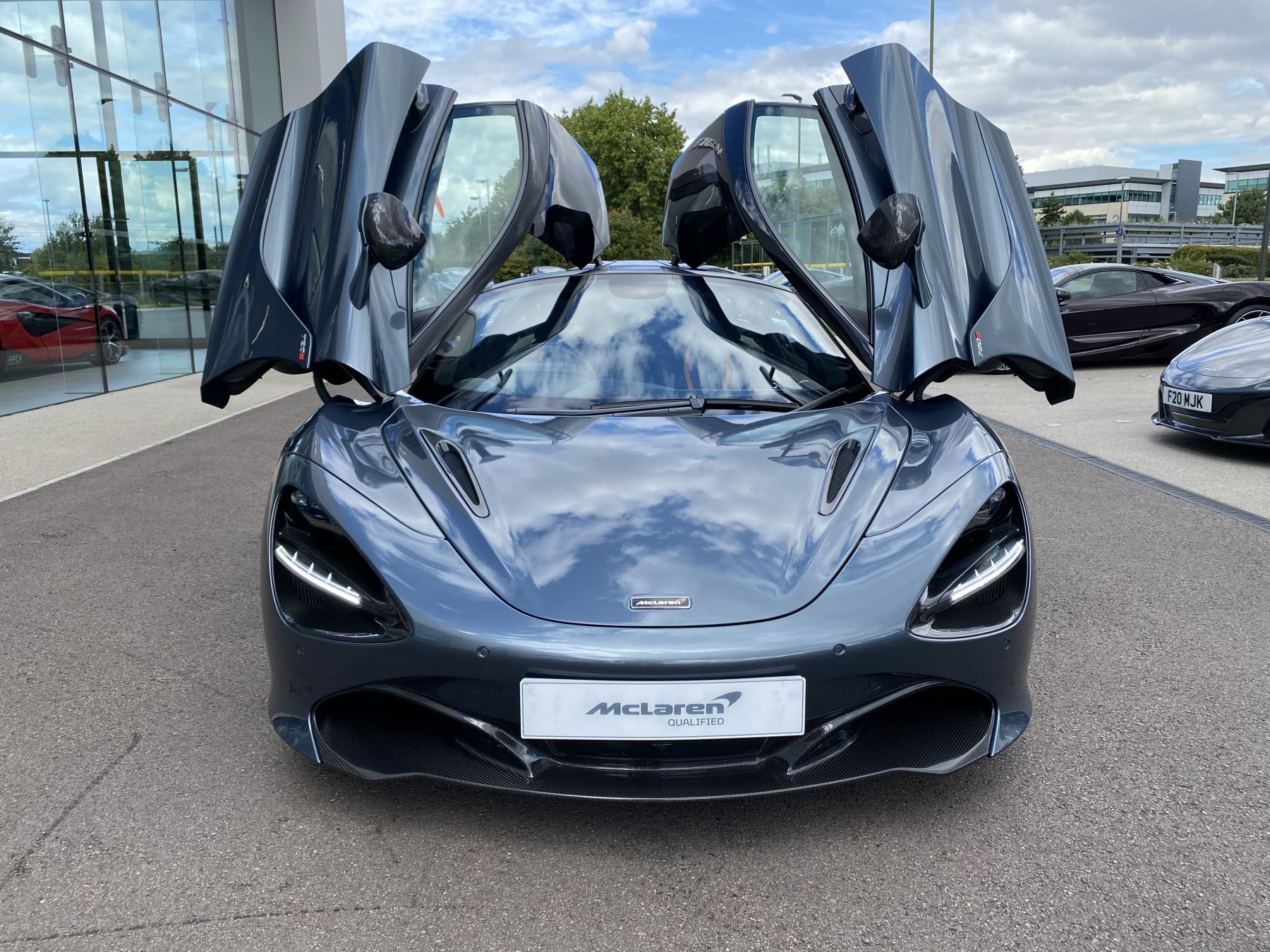 McLaren 720S Coupe  image 29
