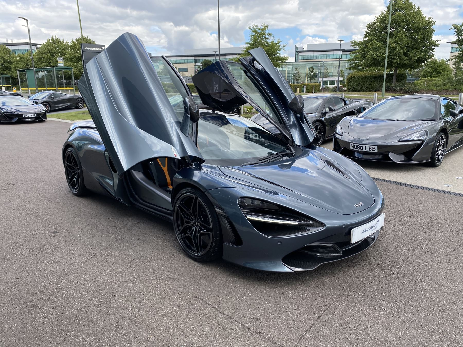 McLaren 720S Coupe  image 30