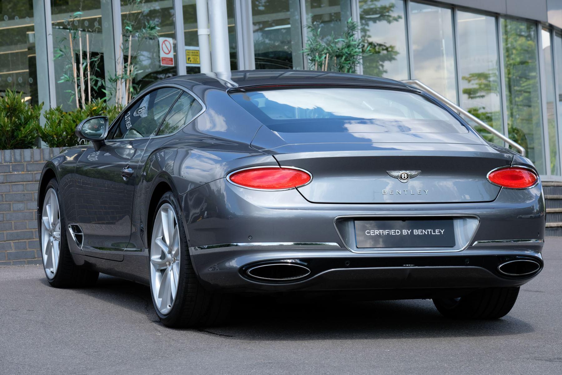 Bentley Continental GT 6.0 W12 2dr image 4
