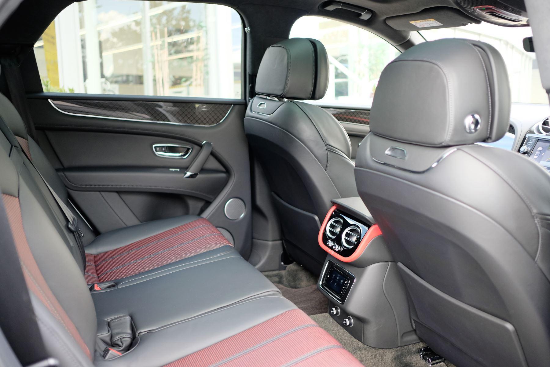 Bentley Bentayga V8 4.0 Design Series 5dr image 26
