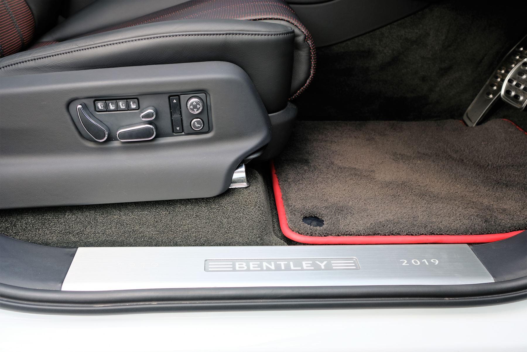 Bentley Bentayga V8 4.0 Design Series 5dr image 28