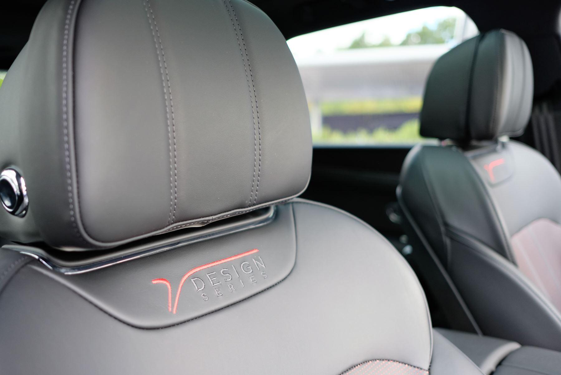 Bentley Bentayga V8 4.0 Design Series 5dr image 29