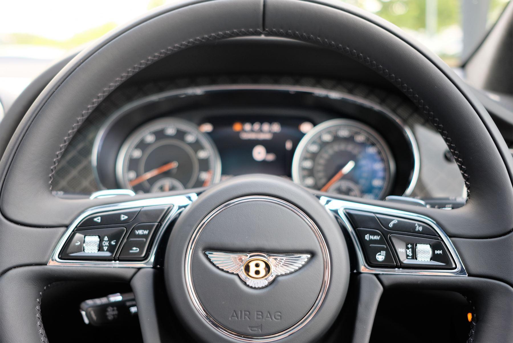Bentley Bentayga V8 4.0 Design Series 5dr image 30