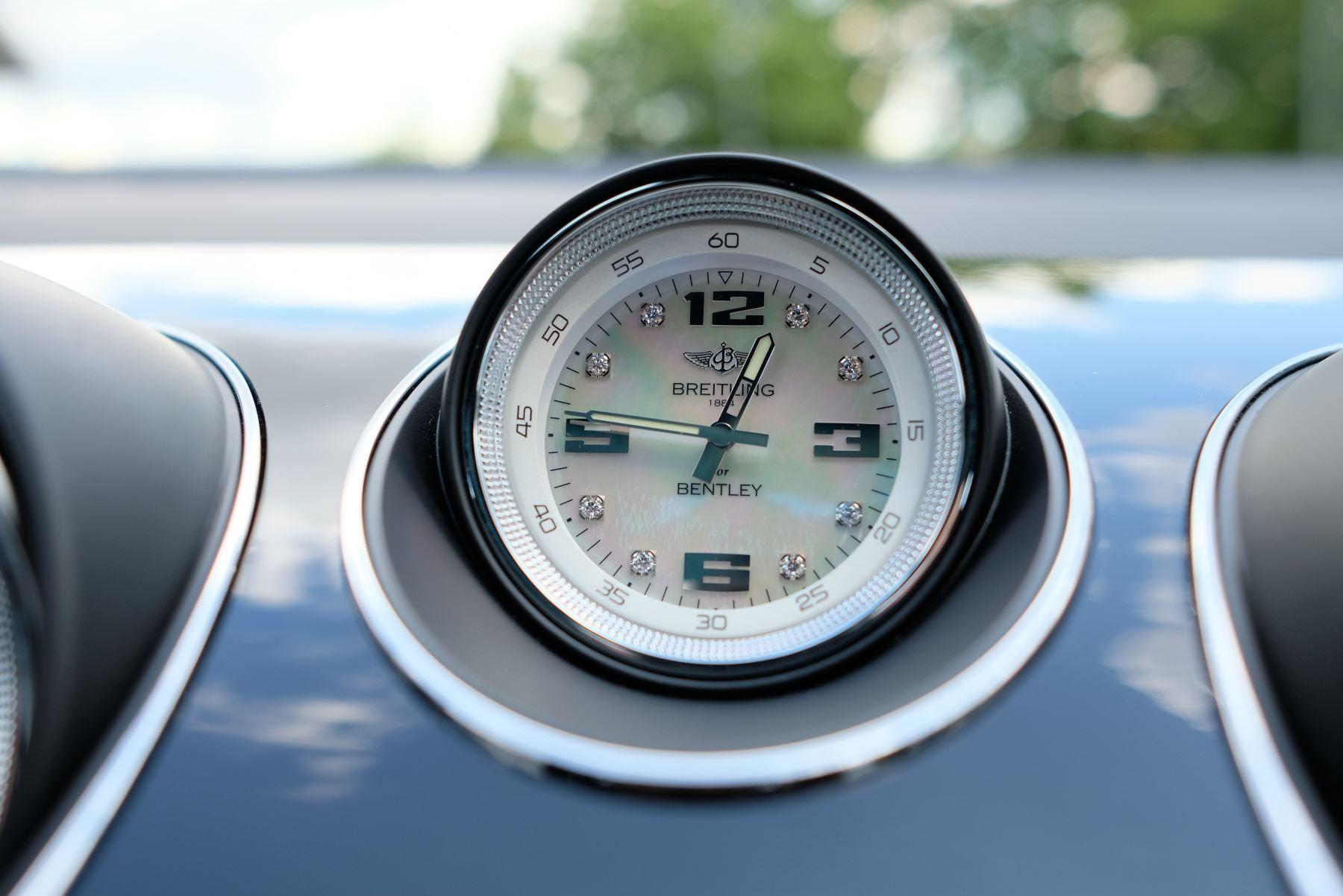 Bentley Bentayga V8 4.0 Design Series 5dr image 31