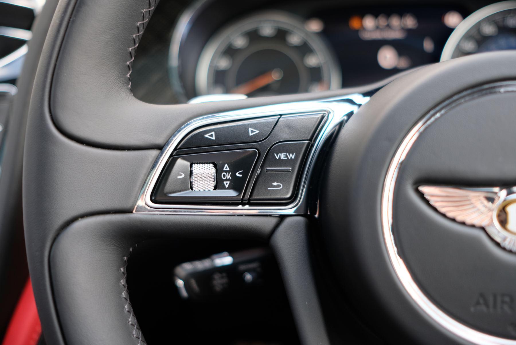 Bentley Bentayga V8 4.0 Design Series 5dr image 39