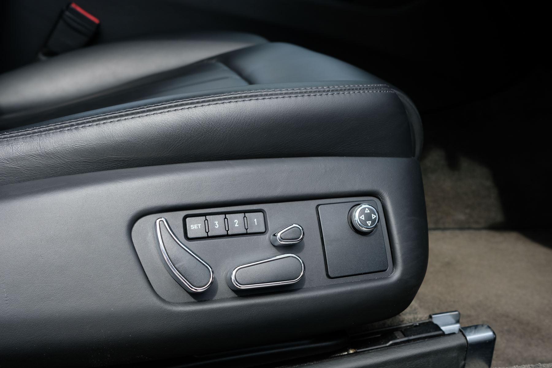 Bentley Continental GT 4.0 V8 2dr image 12