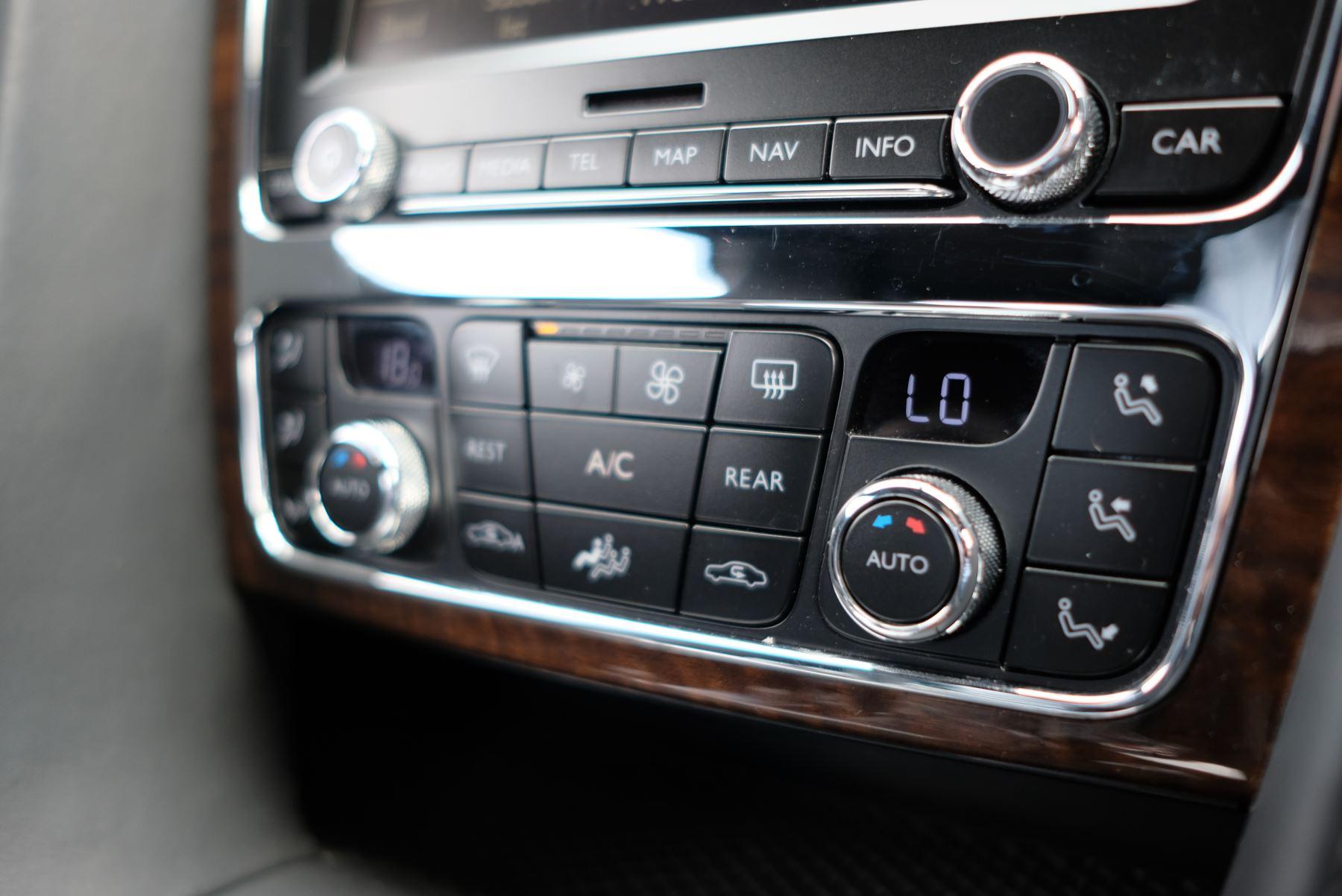 Bentley Continental GT 4.0 V8 2dr image 18