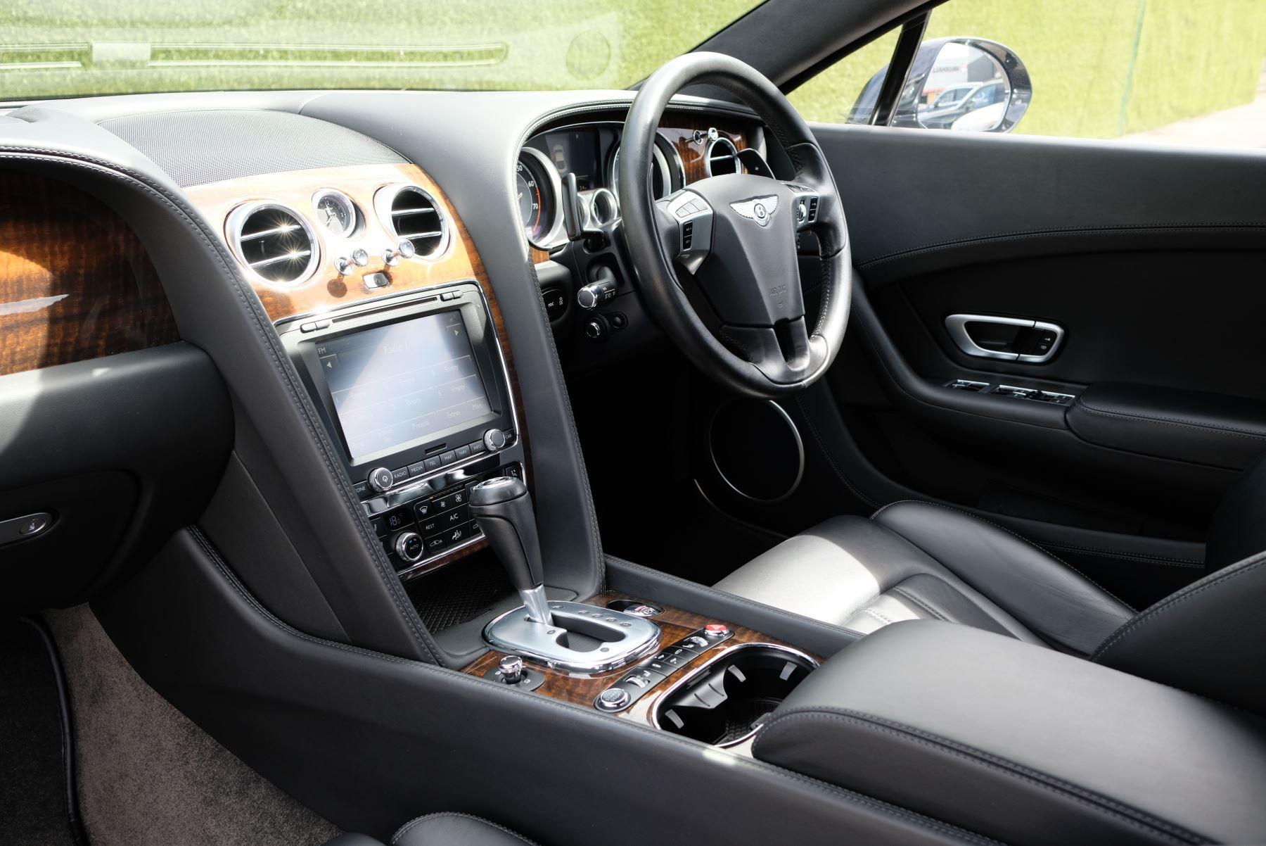 Bentley Continental GT 4.0 V8 2dr image 26