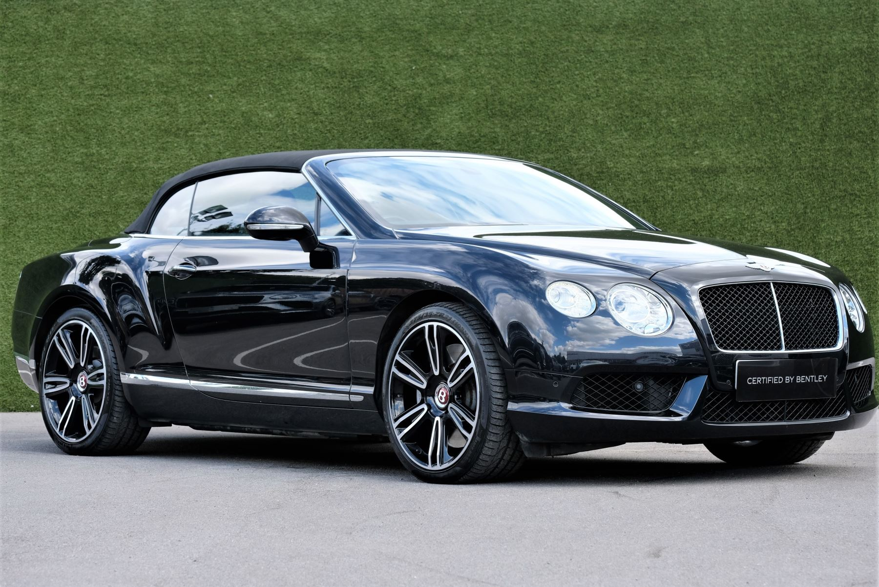 Bentley Continental GTC 4.0 V8 2dr image 1