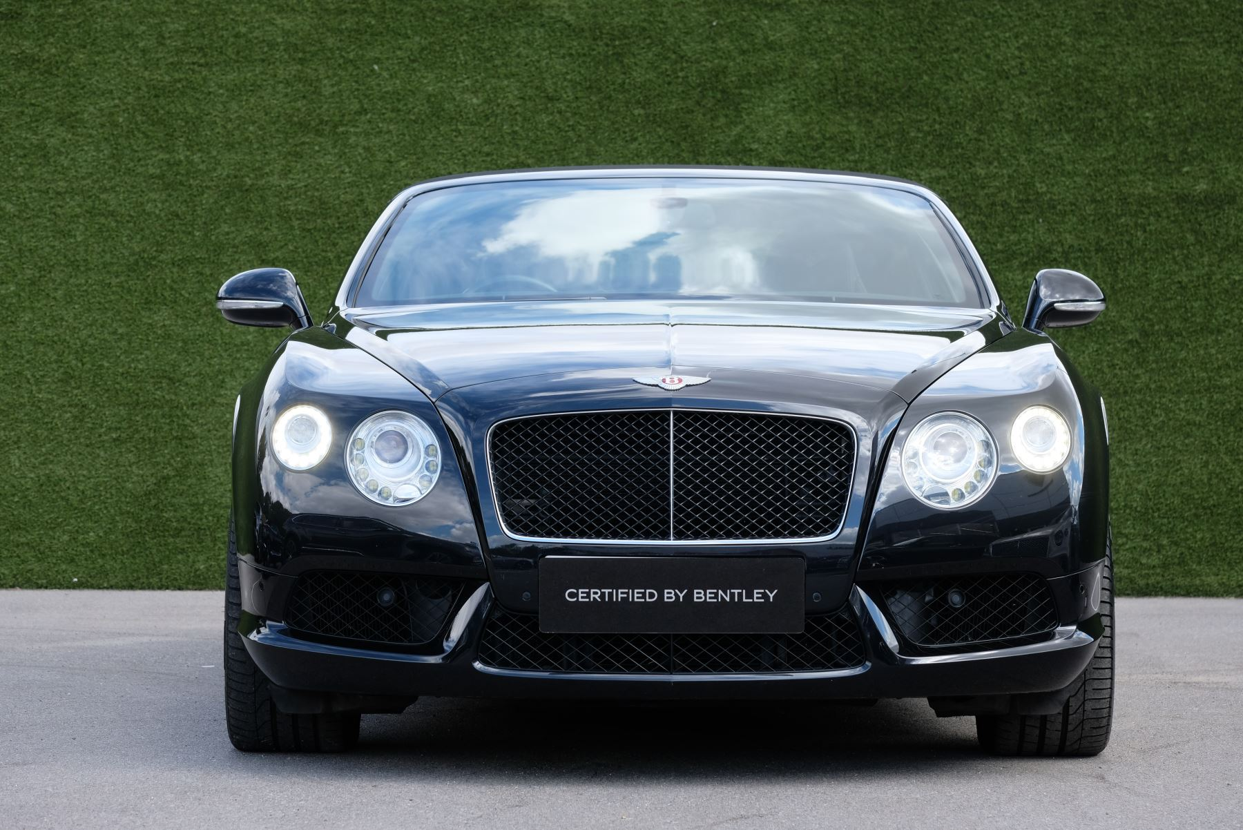 Bentley Continental GTC 4.0 V8 2dr image 3