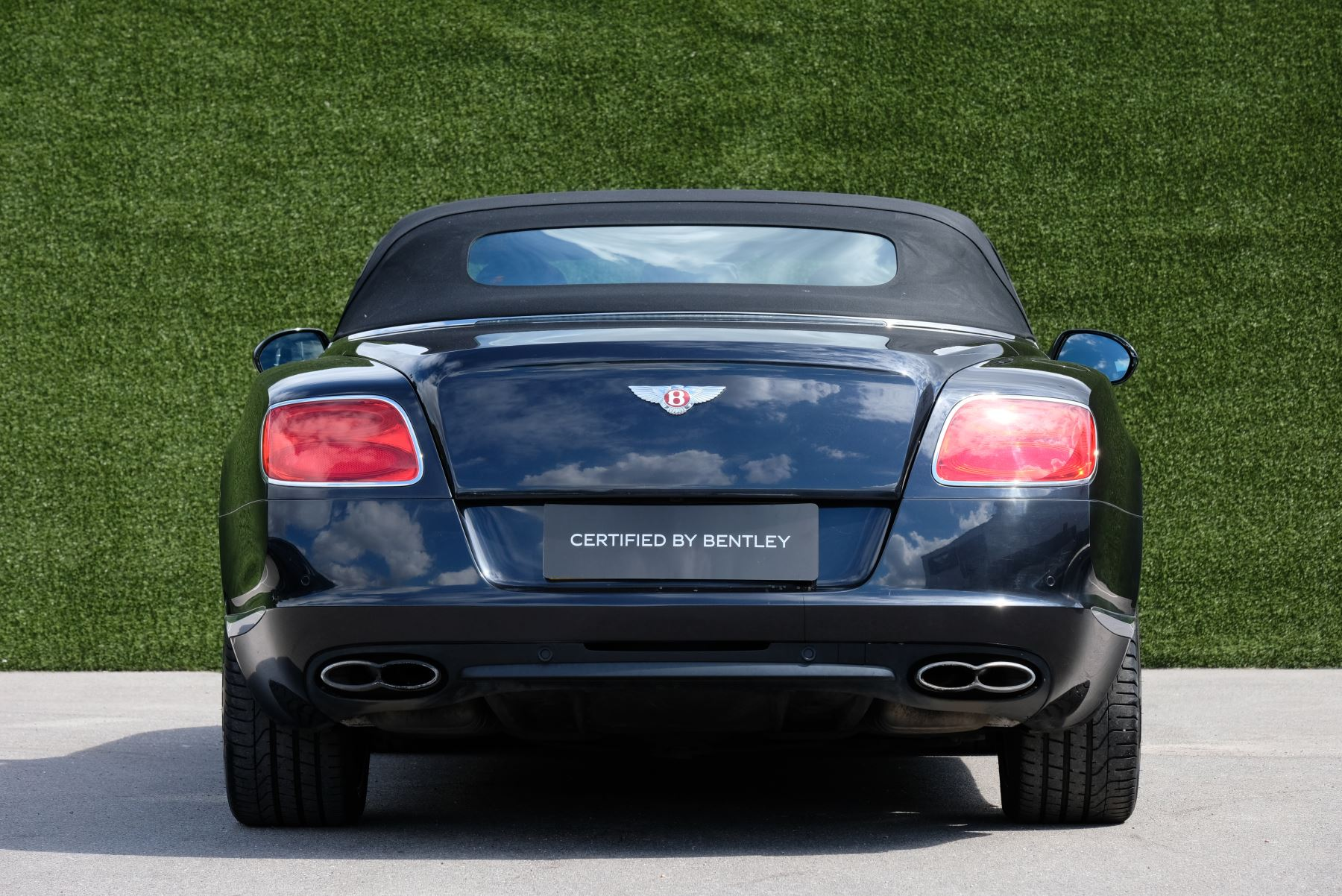 Bentley Continental GTC 4.0 V8 2dr image 4