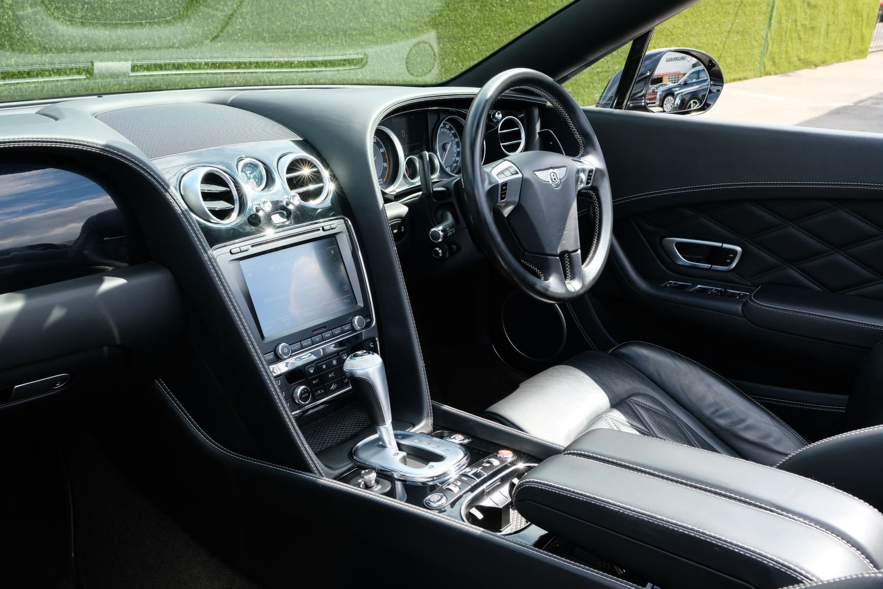 Bentley Continental GTC 4.0 V8 2dr image 14