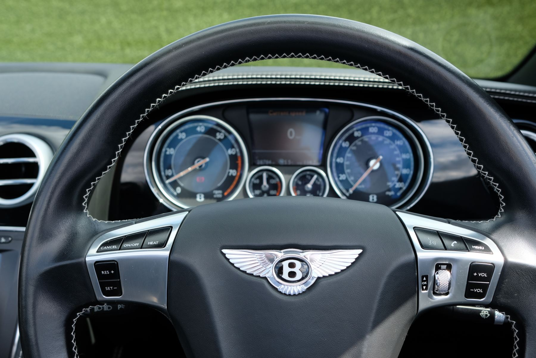 Bentley Continental GTC 4.0 V8 2dr image 16