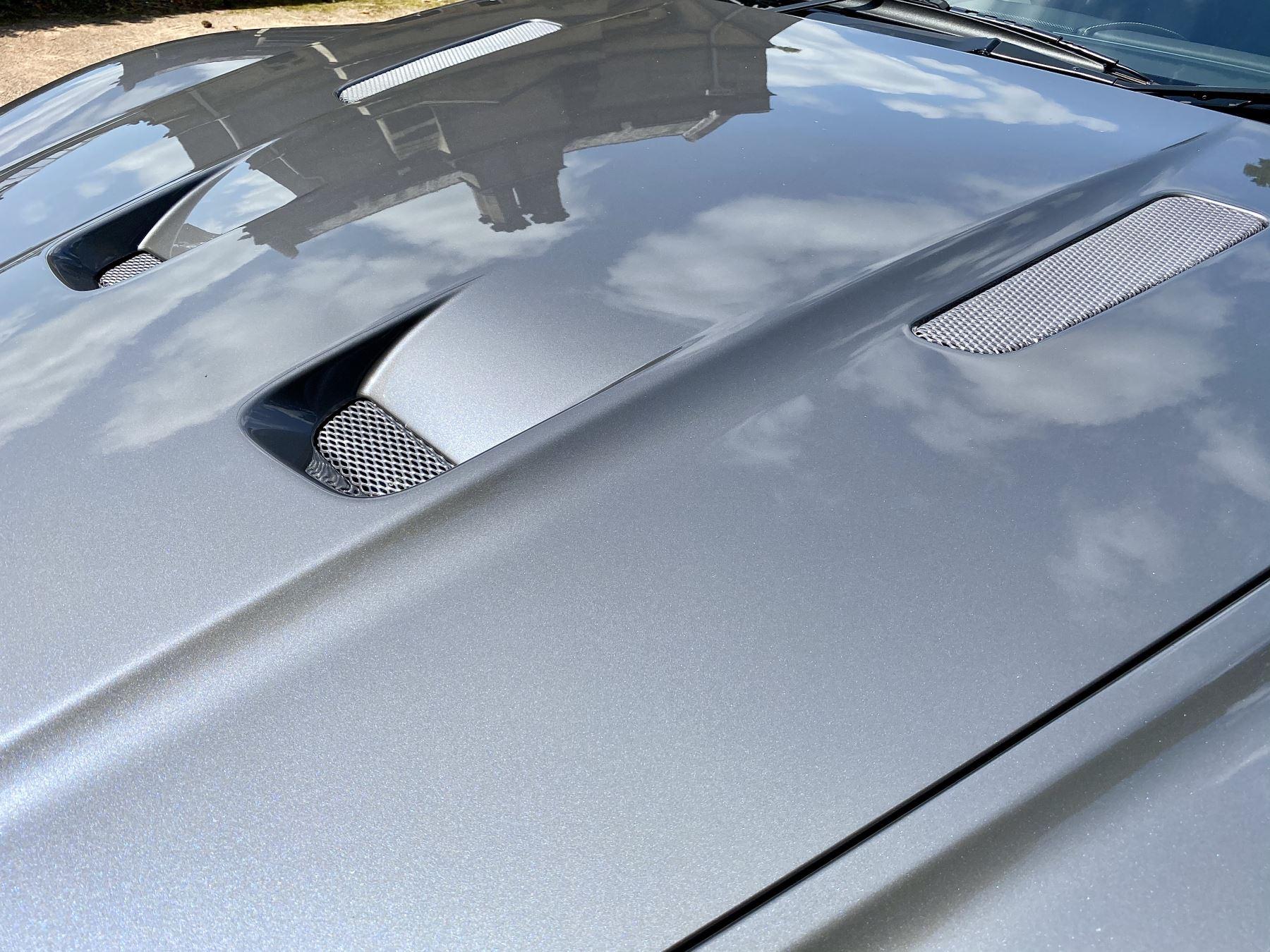 Aston Martin DBS V12 2dr image 13