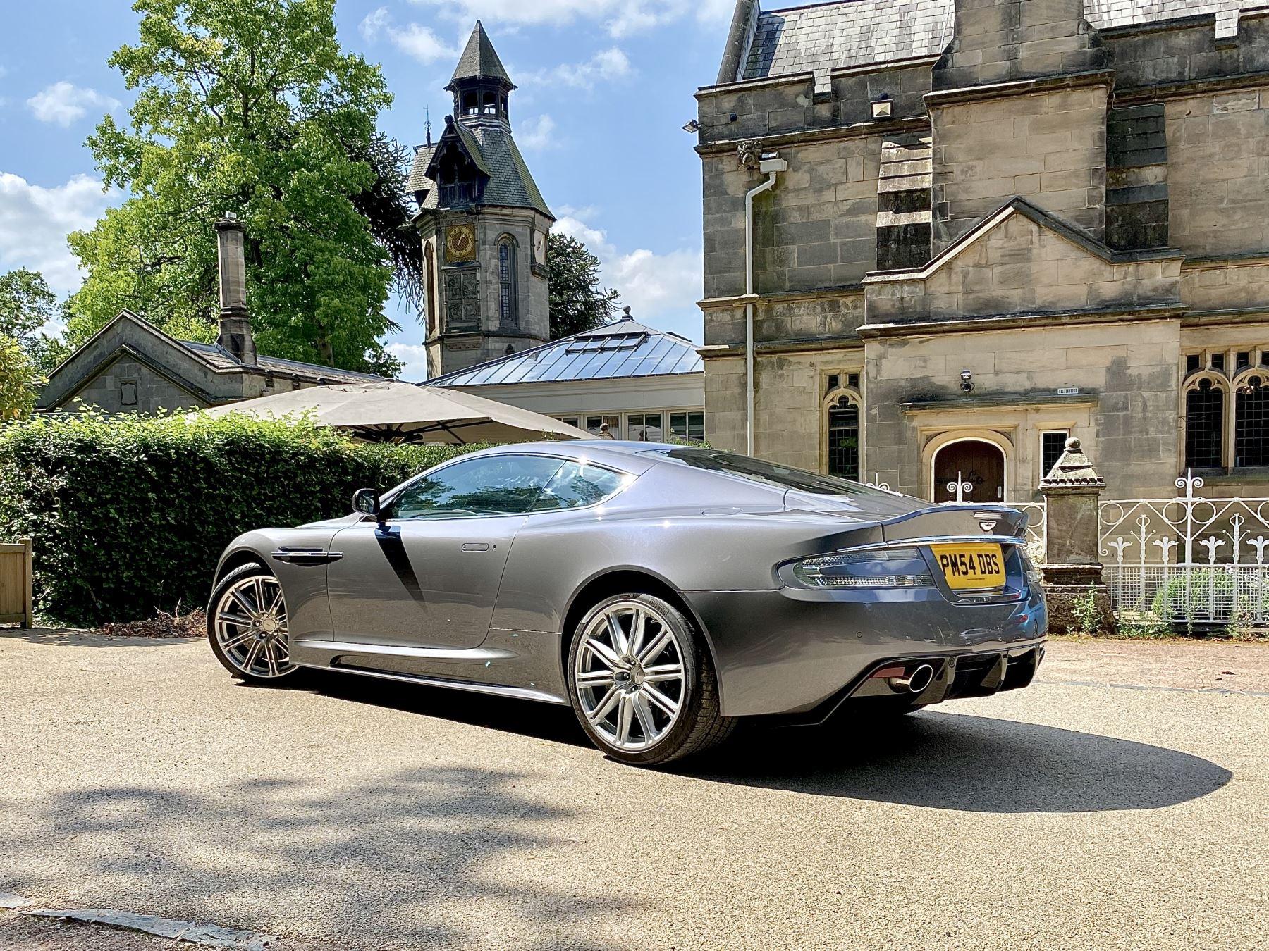 Aston Martin DBS V12 2dr image 5