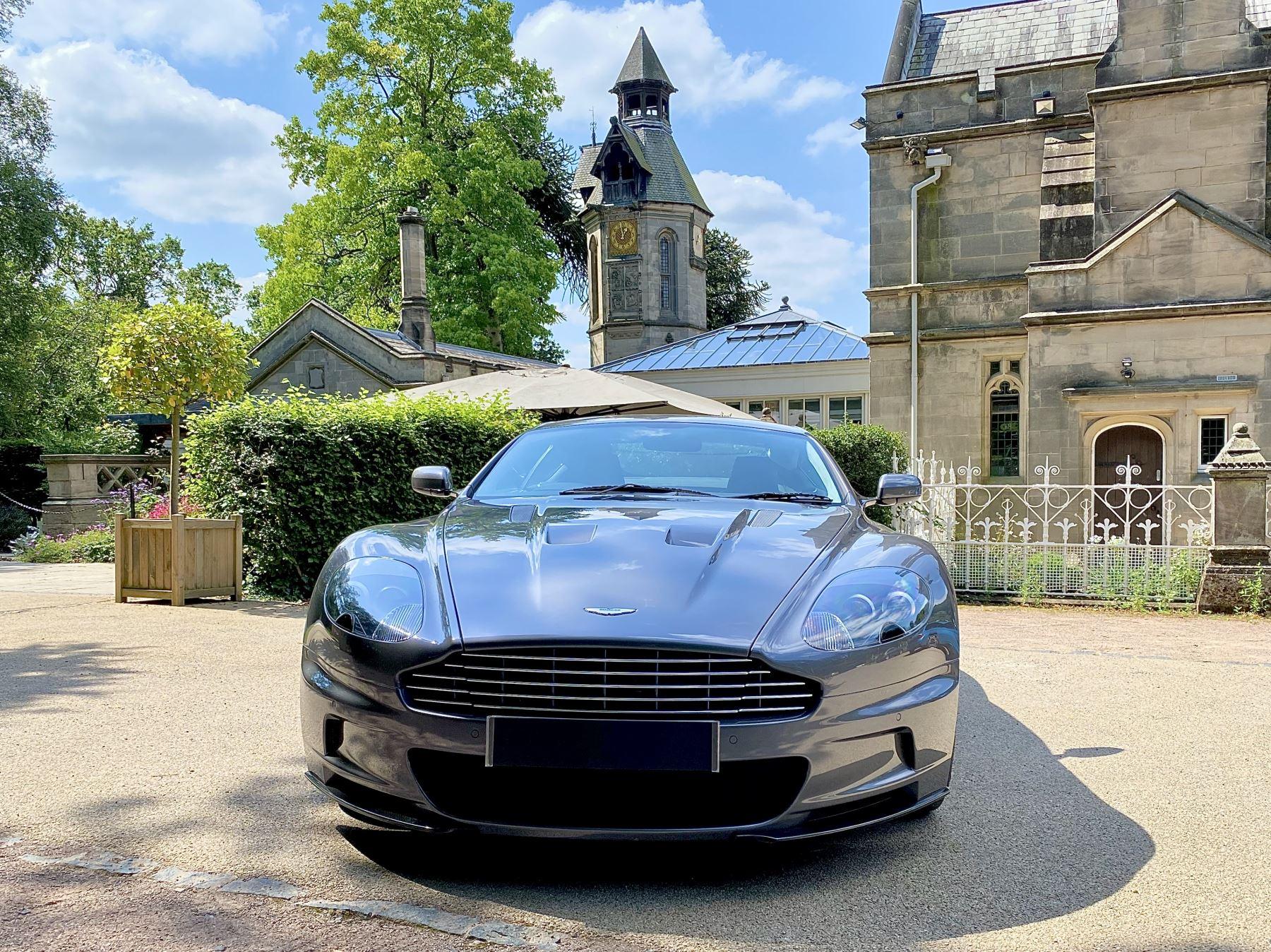Aston Martin DBS V12 2dr image 2