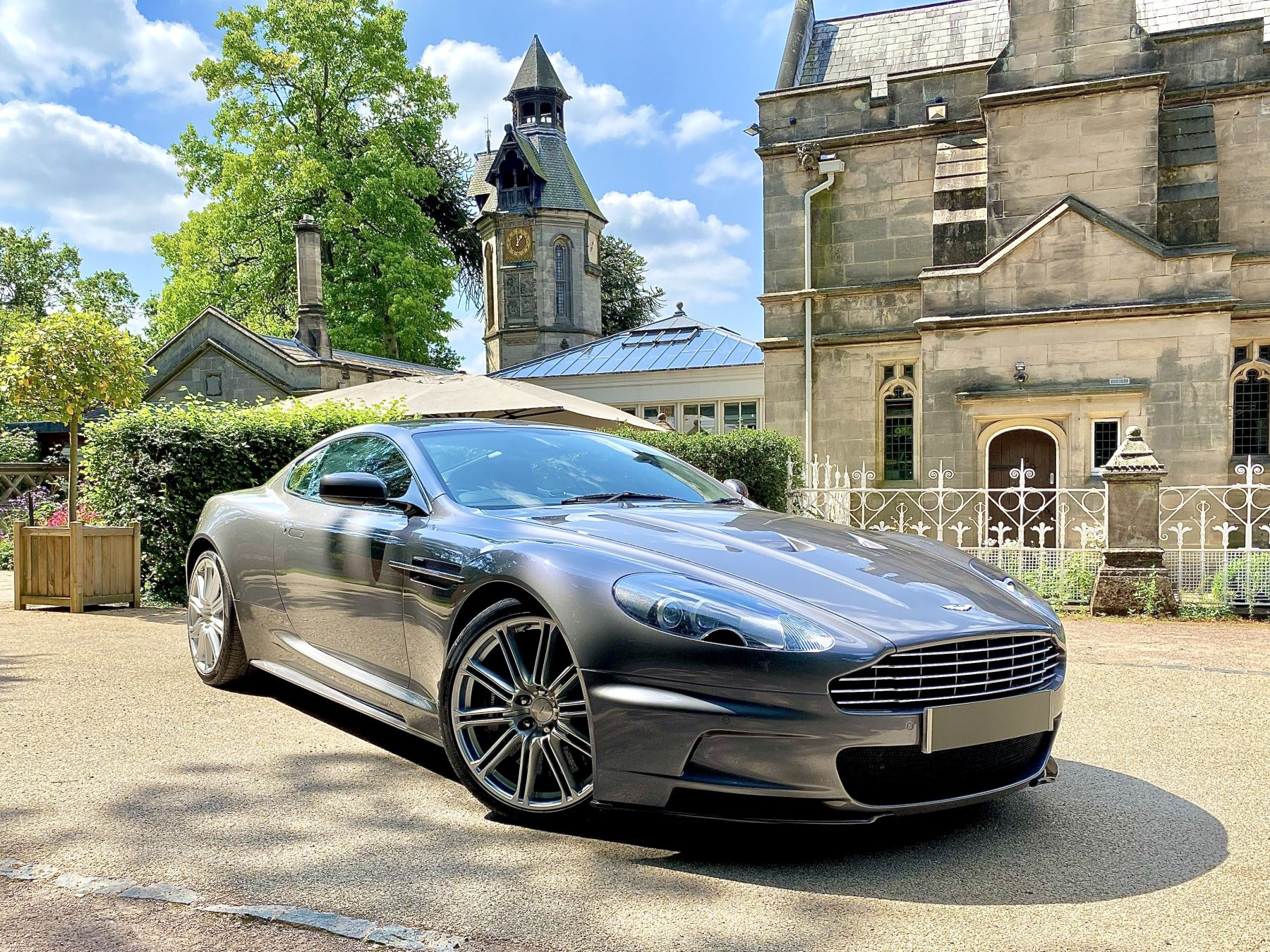 Aston Martin DBS V12 2dr image 1