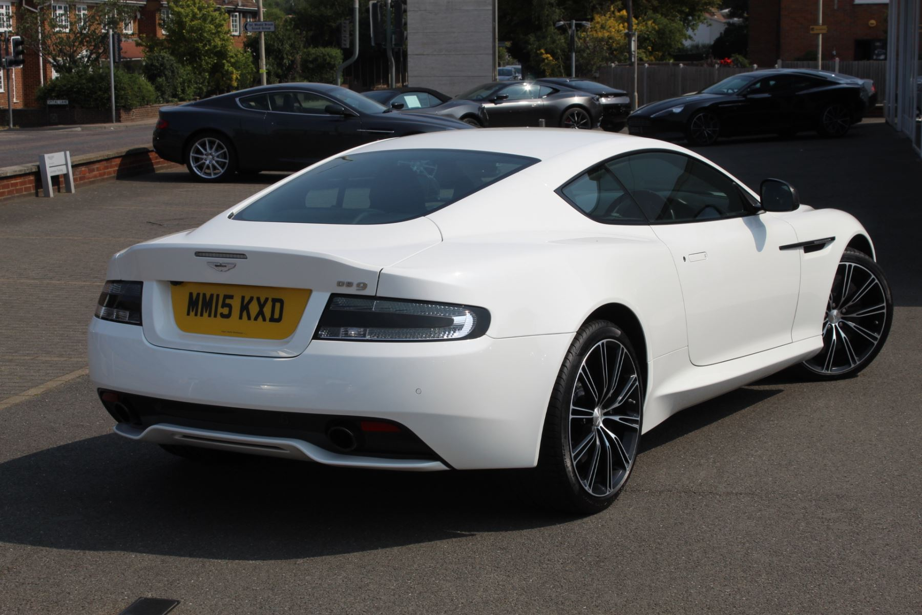 Aston Martin DB9 V12 2dr Touchtronic image 12