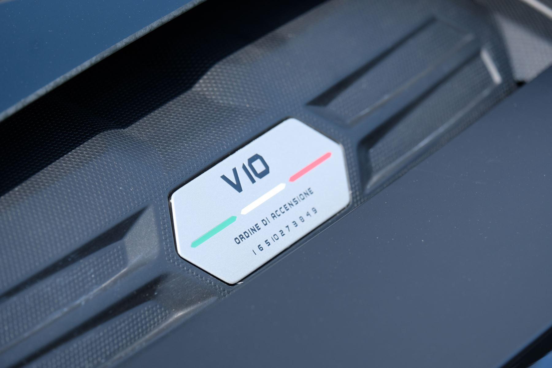 Lamborghini Huracan EVO LP 640-4 5.2 AWD image 13