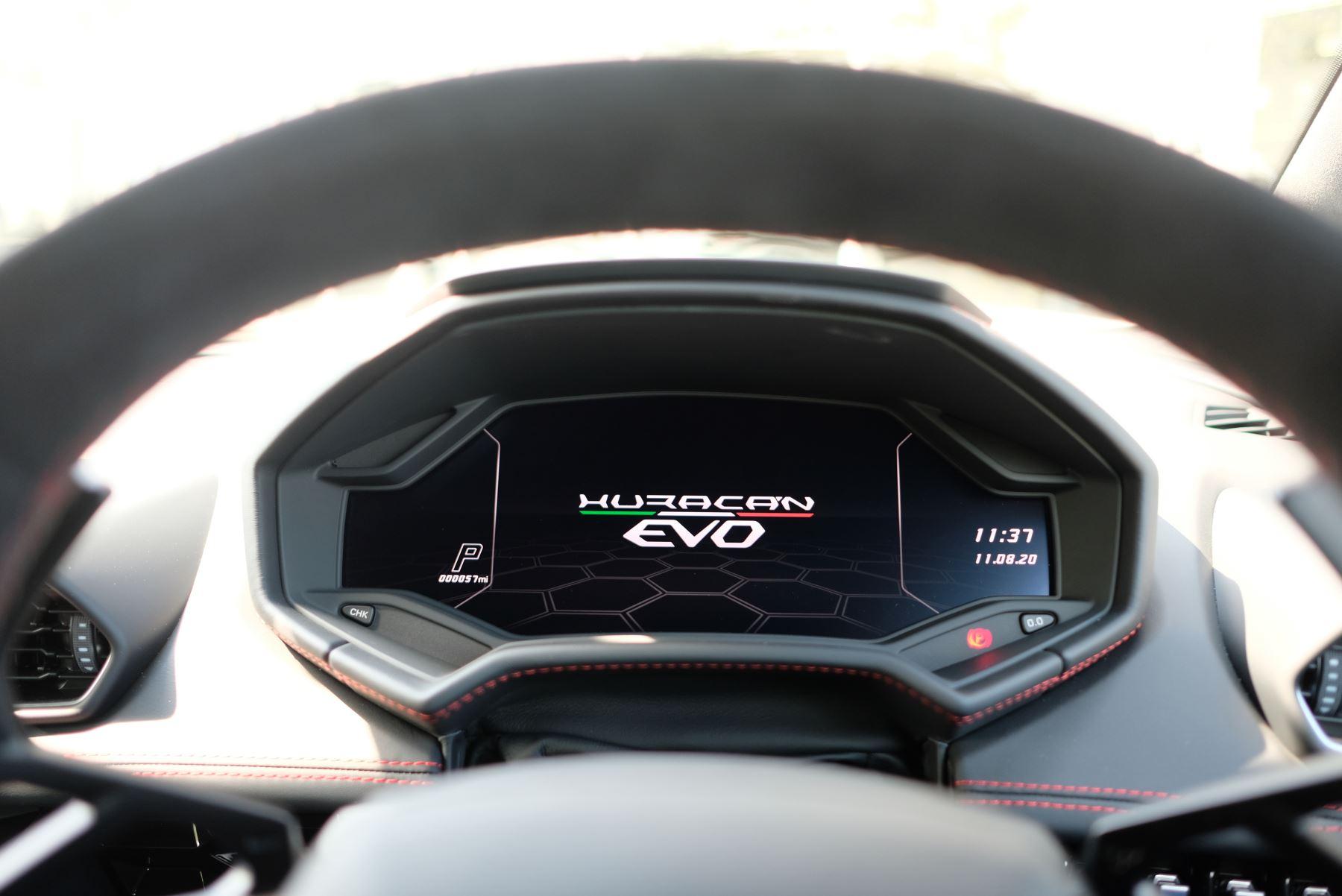 Lamborghini Huracan EVO LP 640-4 5.2 AWD image 21