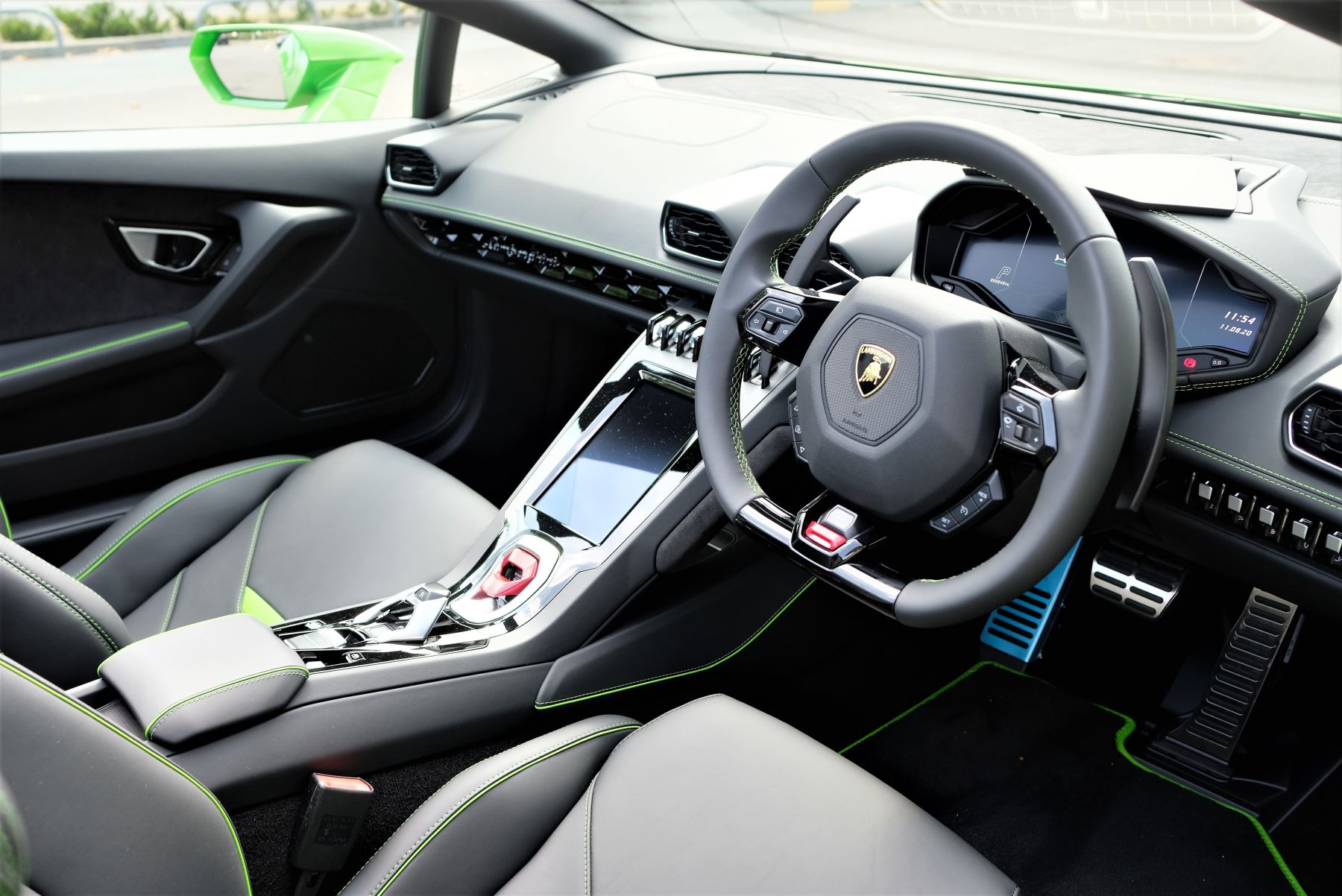 Lamborghini Huracan EVO Spyder 5.2 V10 640 2dr Auto AWD image 10