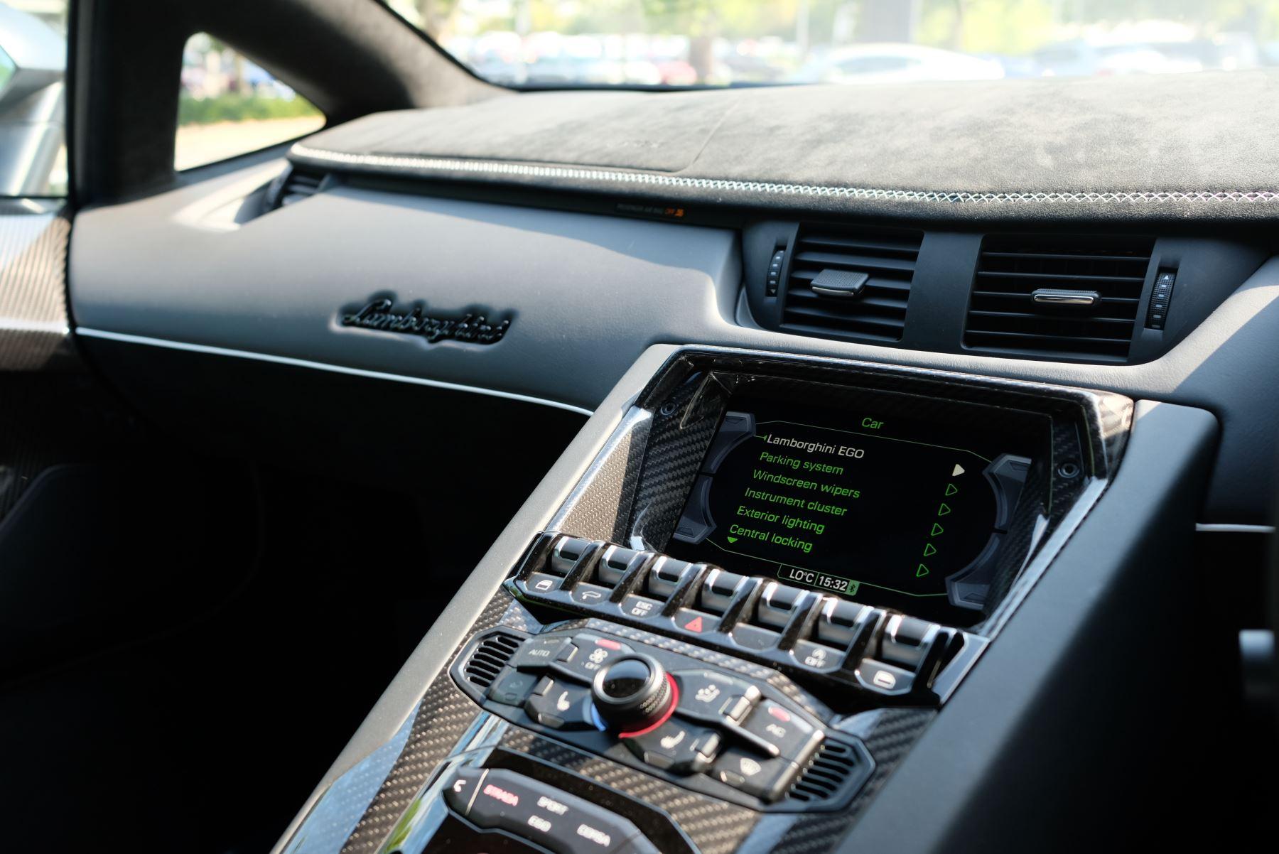 Lamborghini Aventador SVJ Coupe VAT Qualifying image 15
