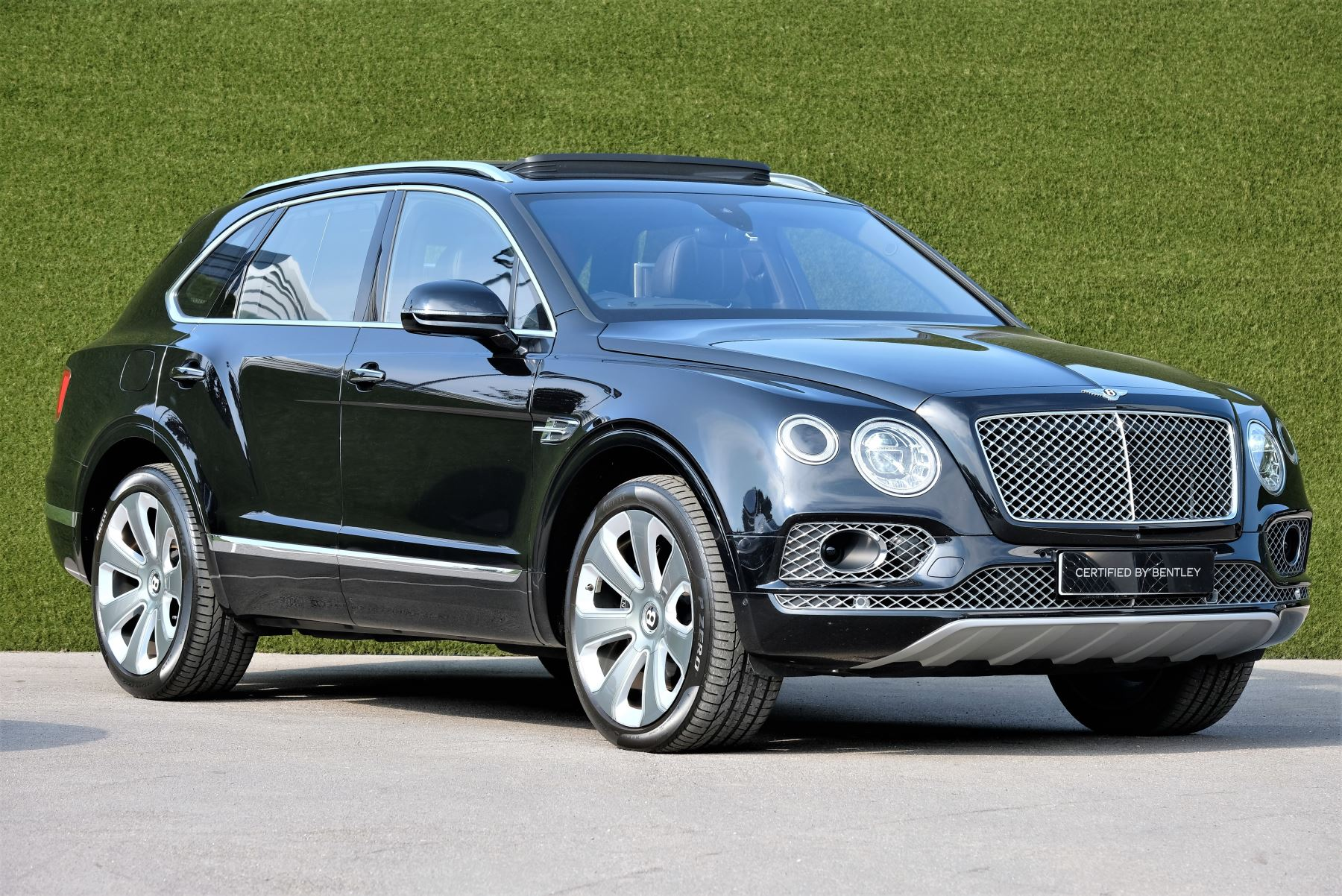 Bentley Bentayga Mulliner 6.0 W12 5dr image 1
