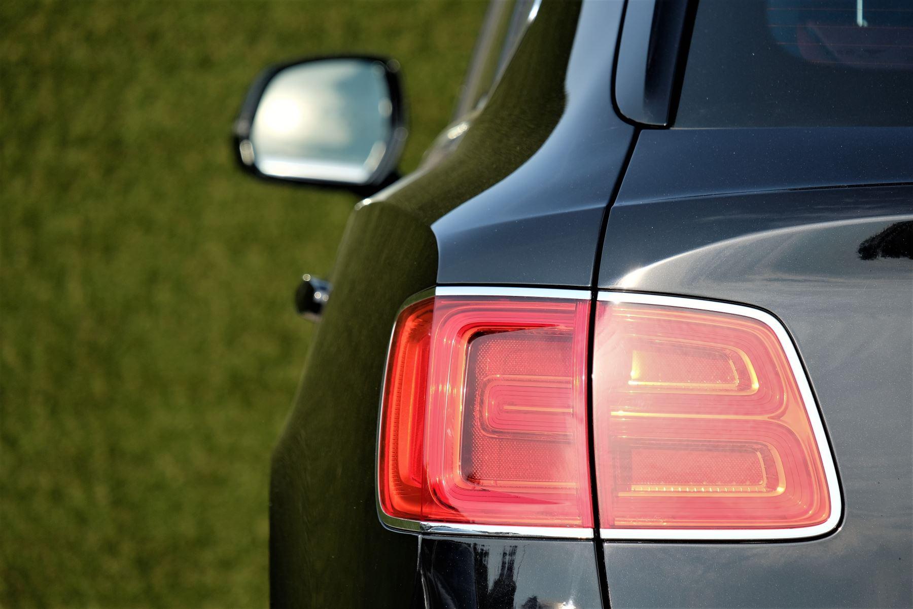 Bentley Bentayga Mulliner 6.0 W12 5dr image 8