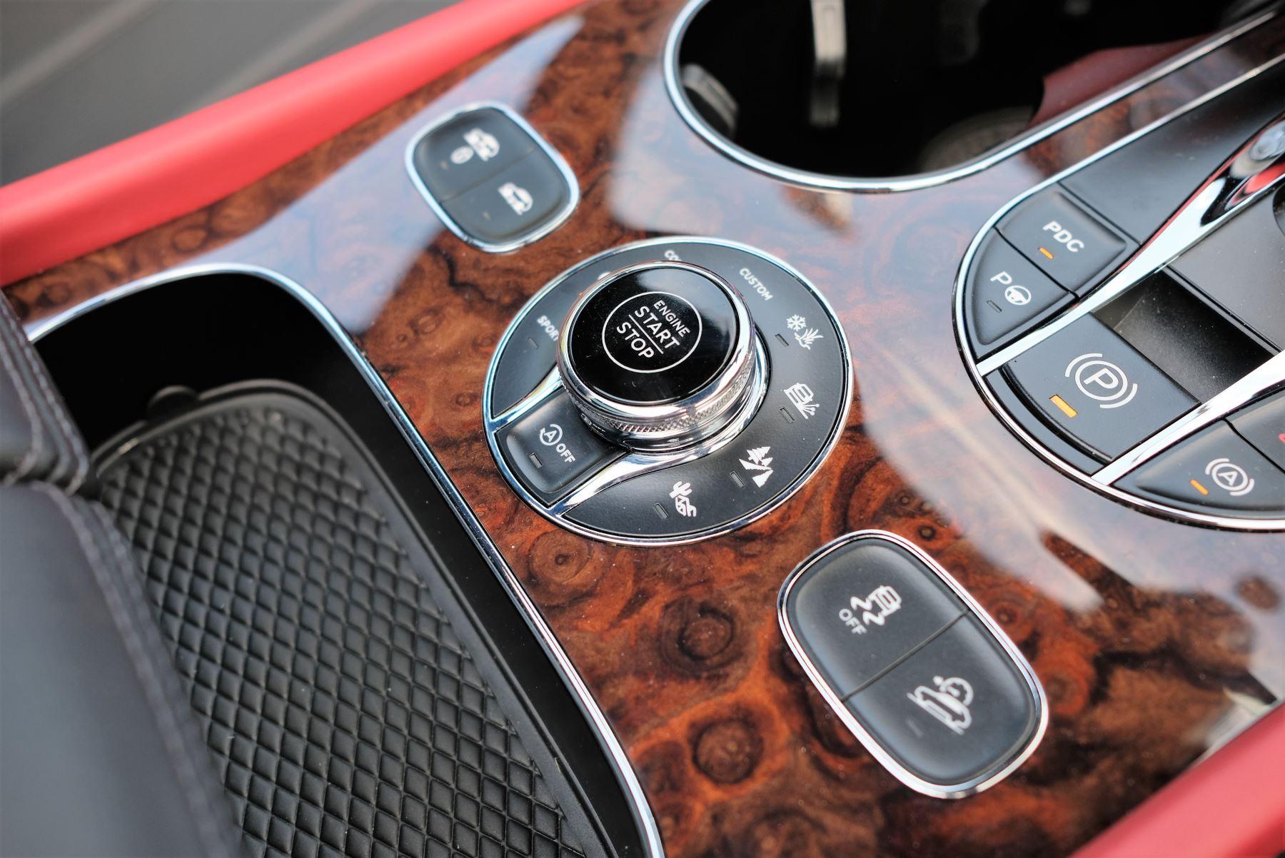 Bentley Bentayga Mulliner 6.0 W12 5dr image 25