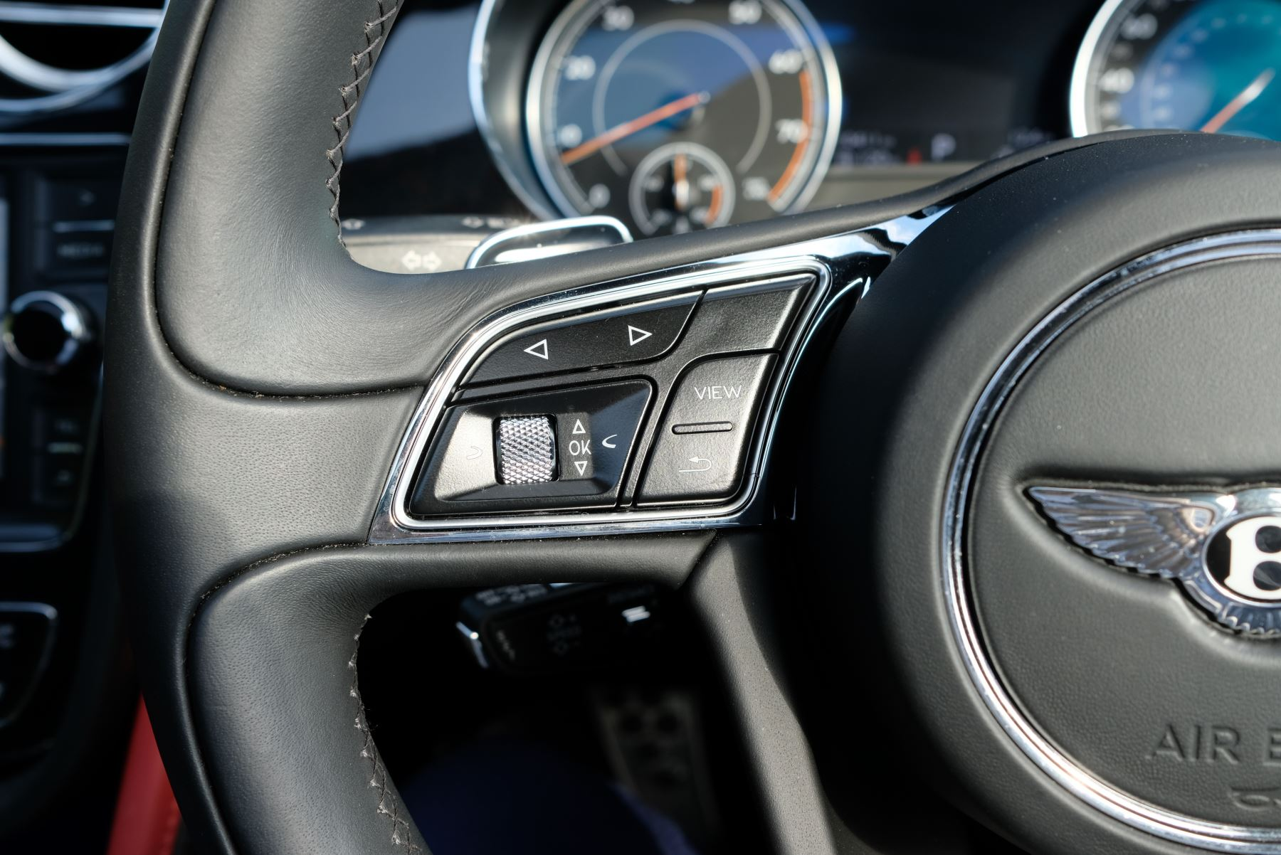 Bentley Bentayga Mulliner 6.0 W12 5dr image 26