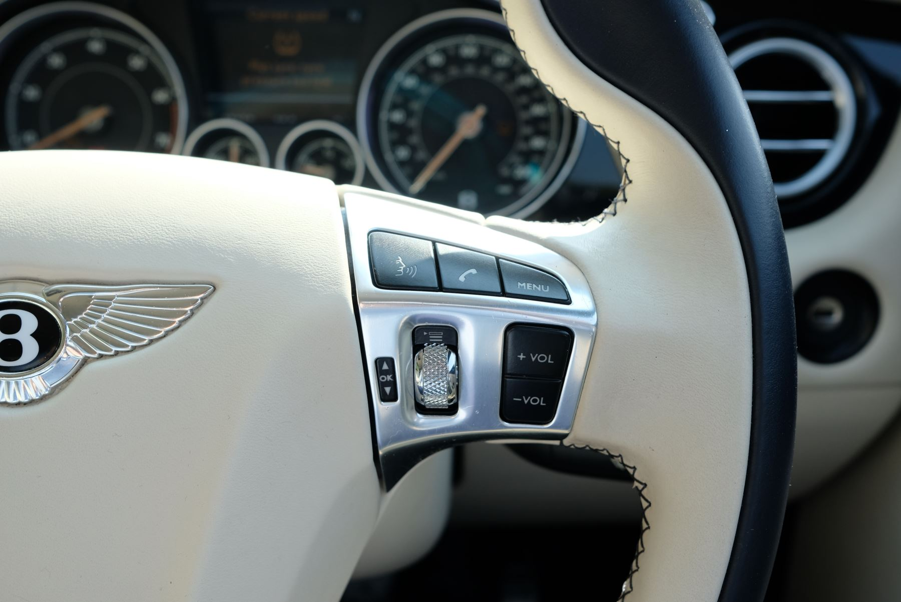 Bentley Continental GT V8 S Coupe 4.0 V8 S 2dr Auto Mulliner Driving Specification image 21