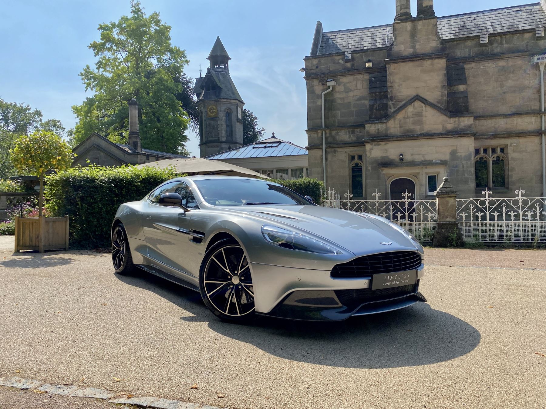 Aston Martin Vanquish V12 2+2 2dr Touchtronic 5.9 Automatic Coupe (2013)