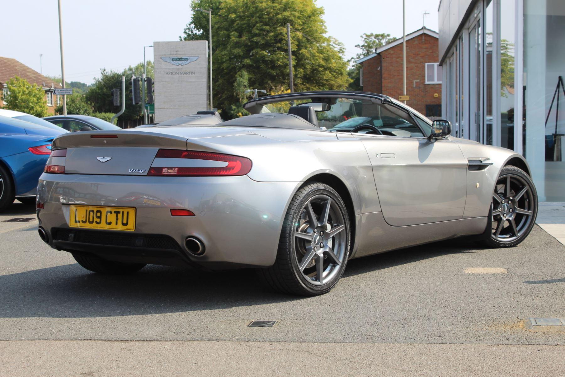 Aston Martin V8 Vantage Roadster 2dr Sportshift image 15