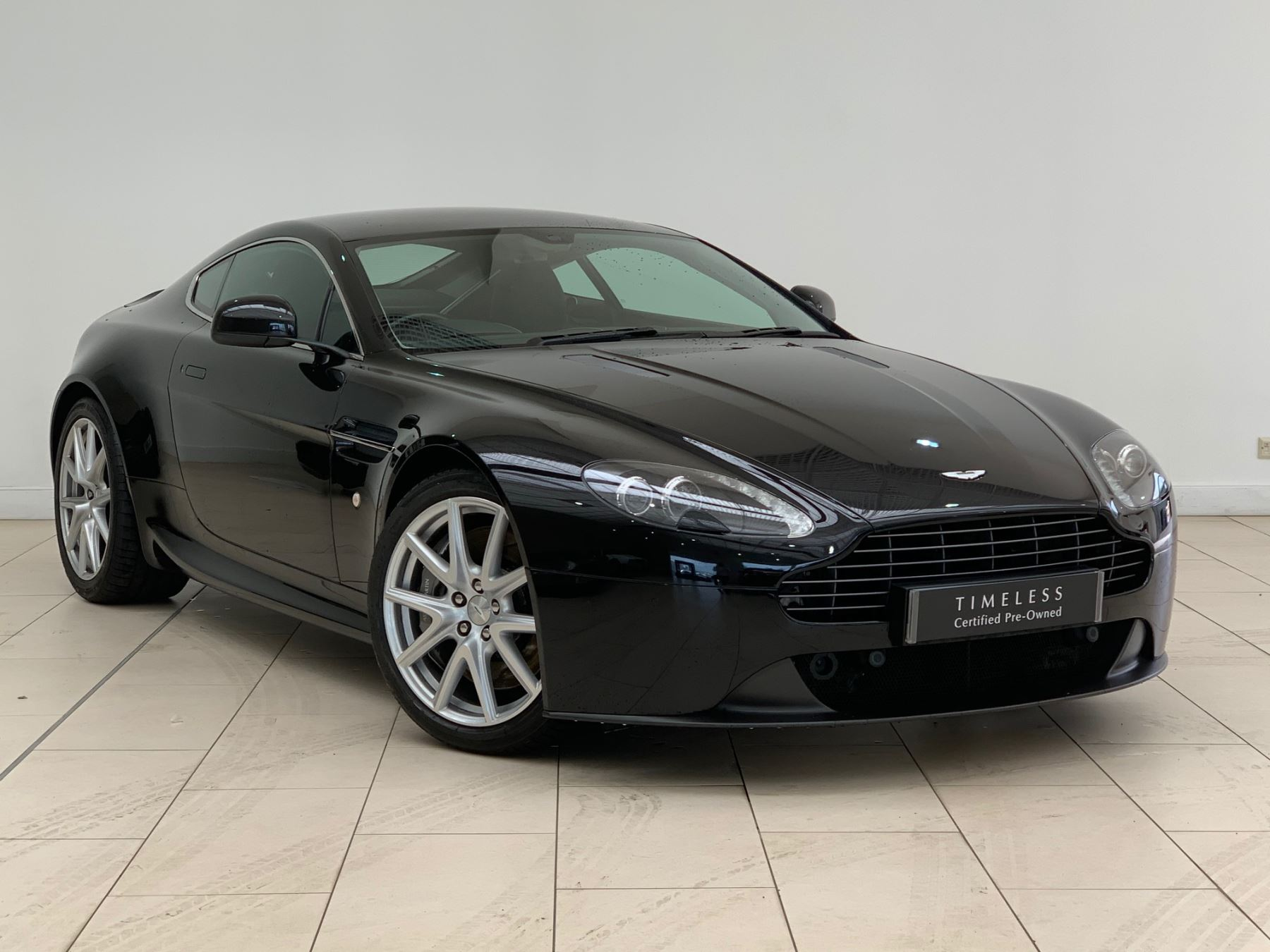Aston Martin V8 Vantage Coupe 2dr [420] 4.7 3 door Coupe (2014)