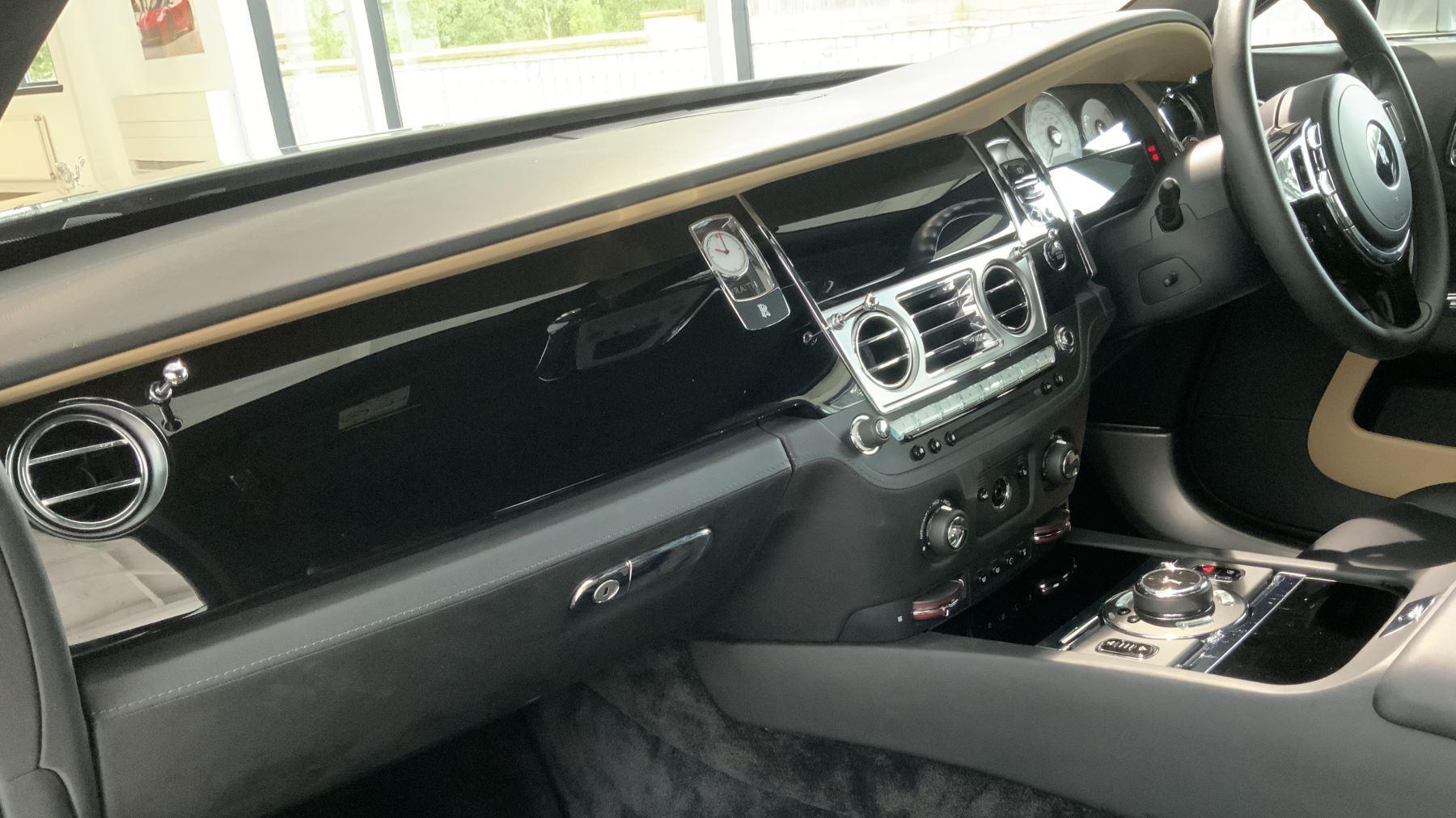 Rolls-Royce Wraith V12 image 21