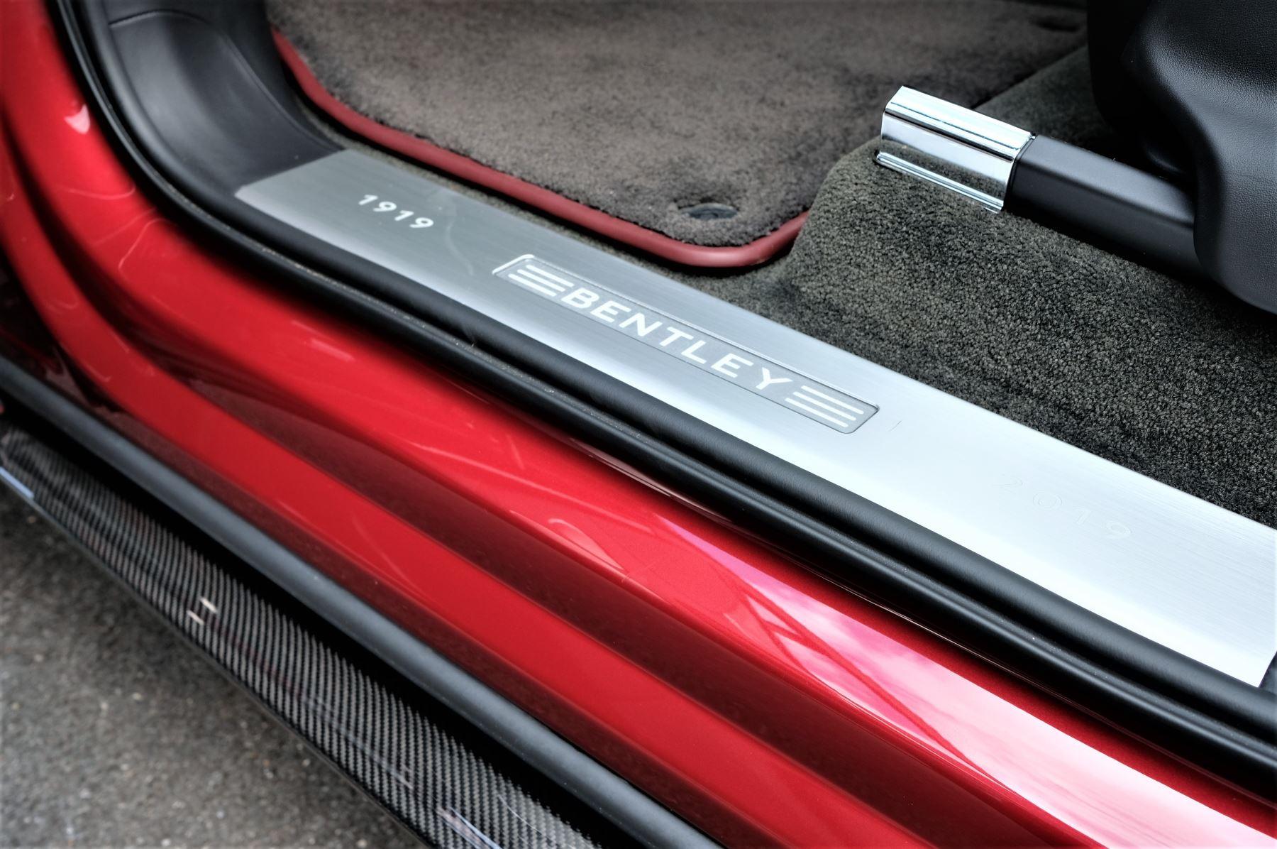 Bentley Bentayga V8 4.0 V8 5dr Mulliner Driving Specification image 28