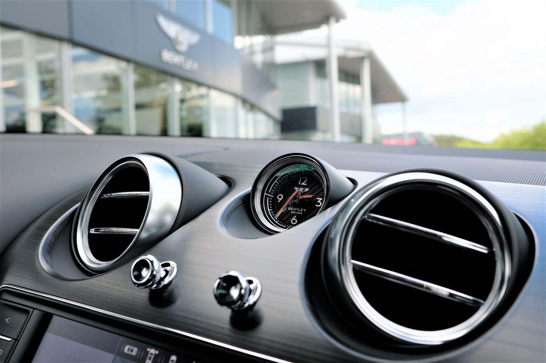 Bentley Bentayga V8 4.0 V8 5dr Mulliner Driving Specification image 32