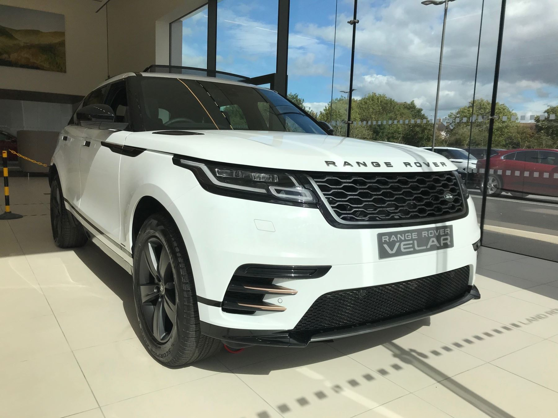 Land Rover Range Rover Velar 2.0 D180 R-Dynamic S Diesel Automatic 5 door Estate