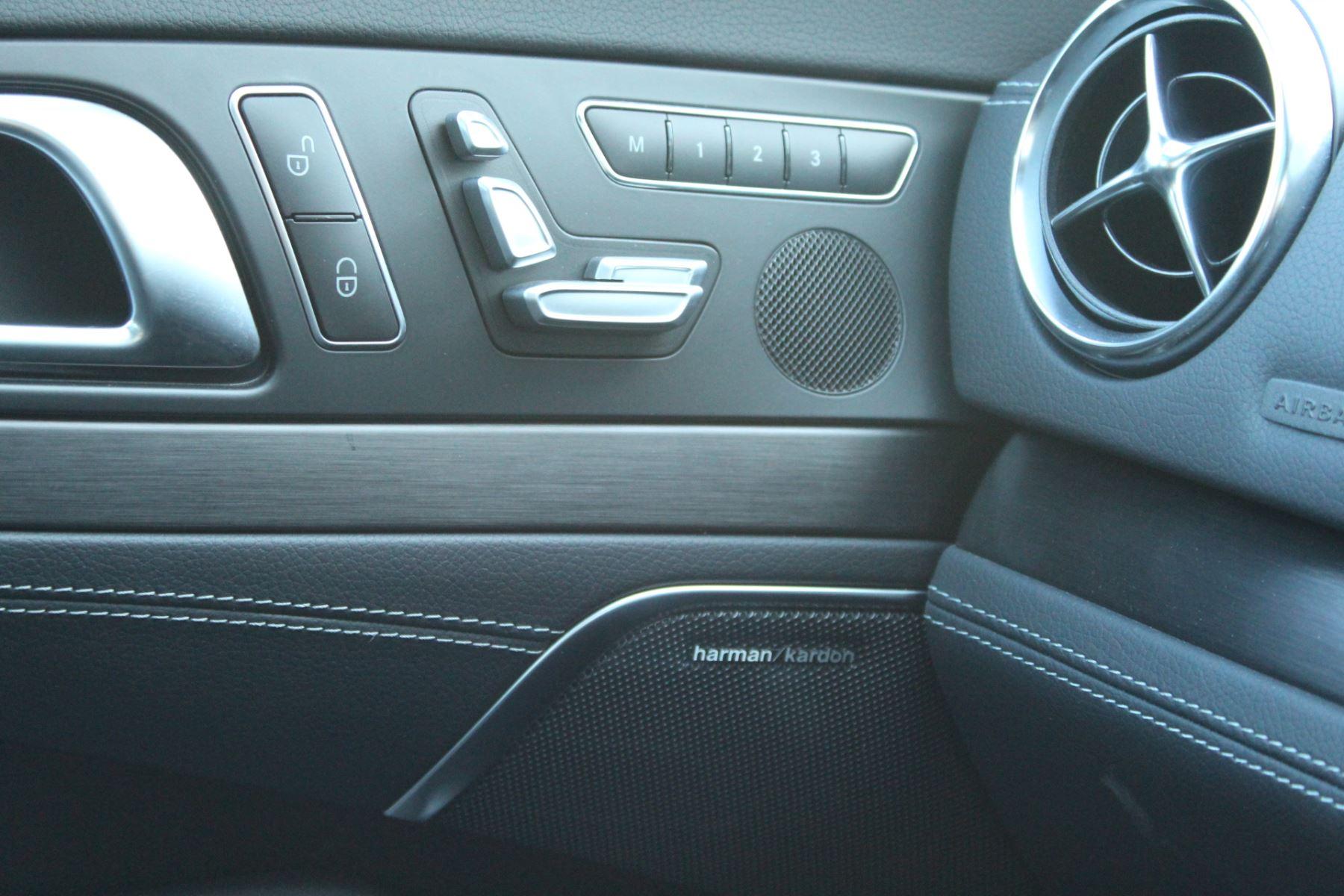 Mercedes-Benz SL SL 400 AMG Line Premium 2dr 9G-Tronic image 12